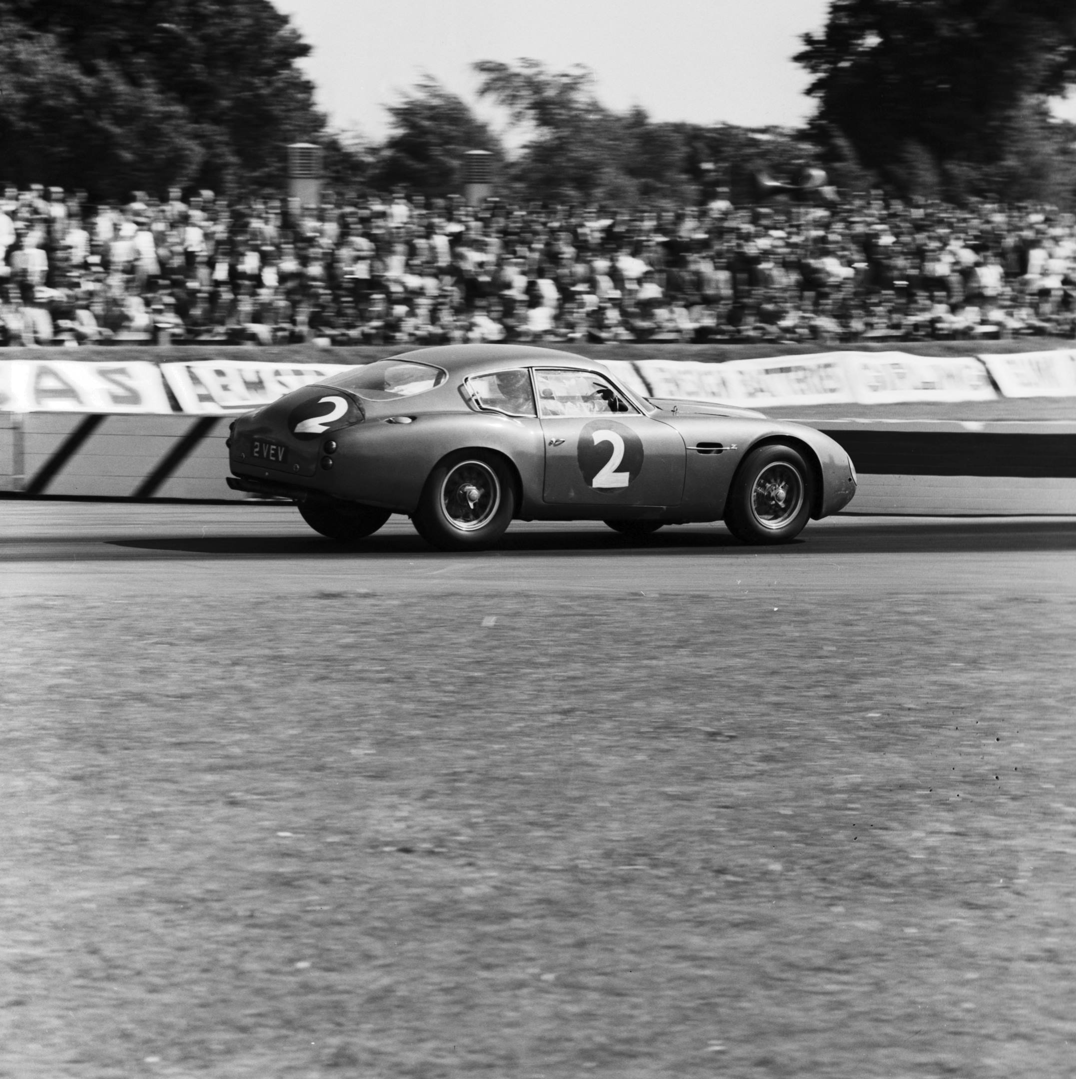 historic photo of the Aston Martin DB4GT 2VEV racing