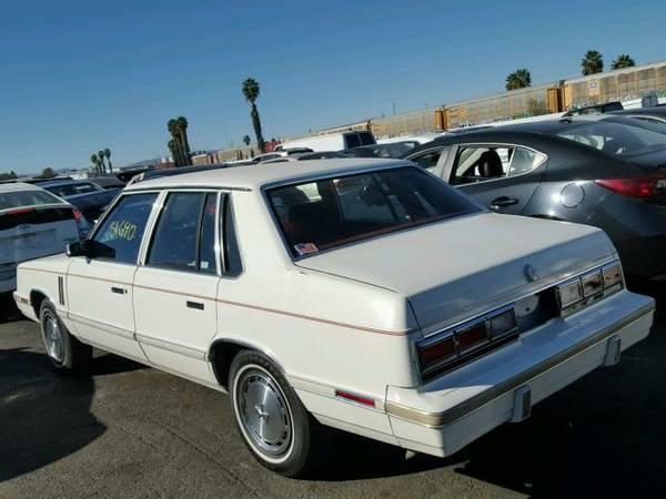 1983 Dodge 600 sedan rear 3/4