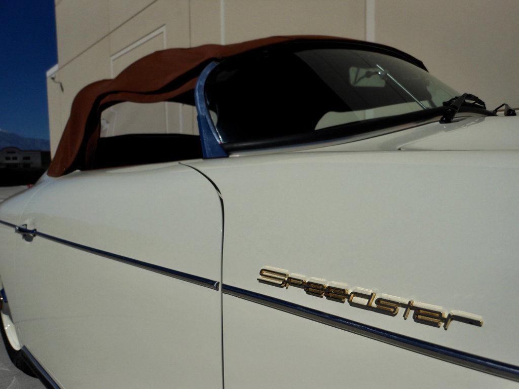 1957 Porsche 356 Speedster detail