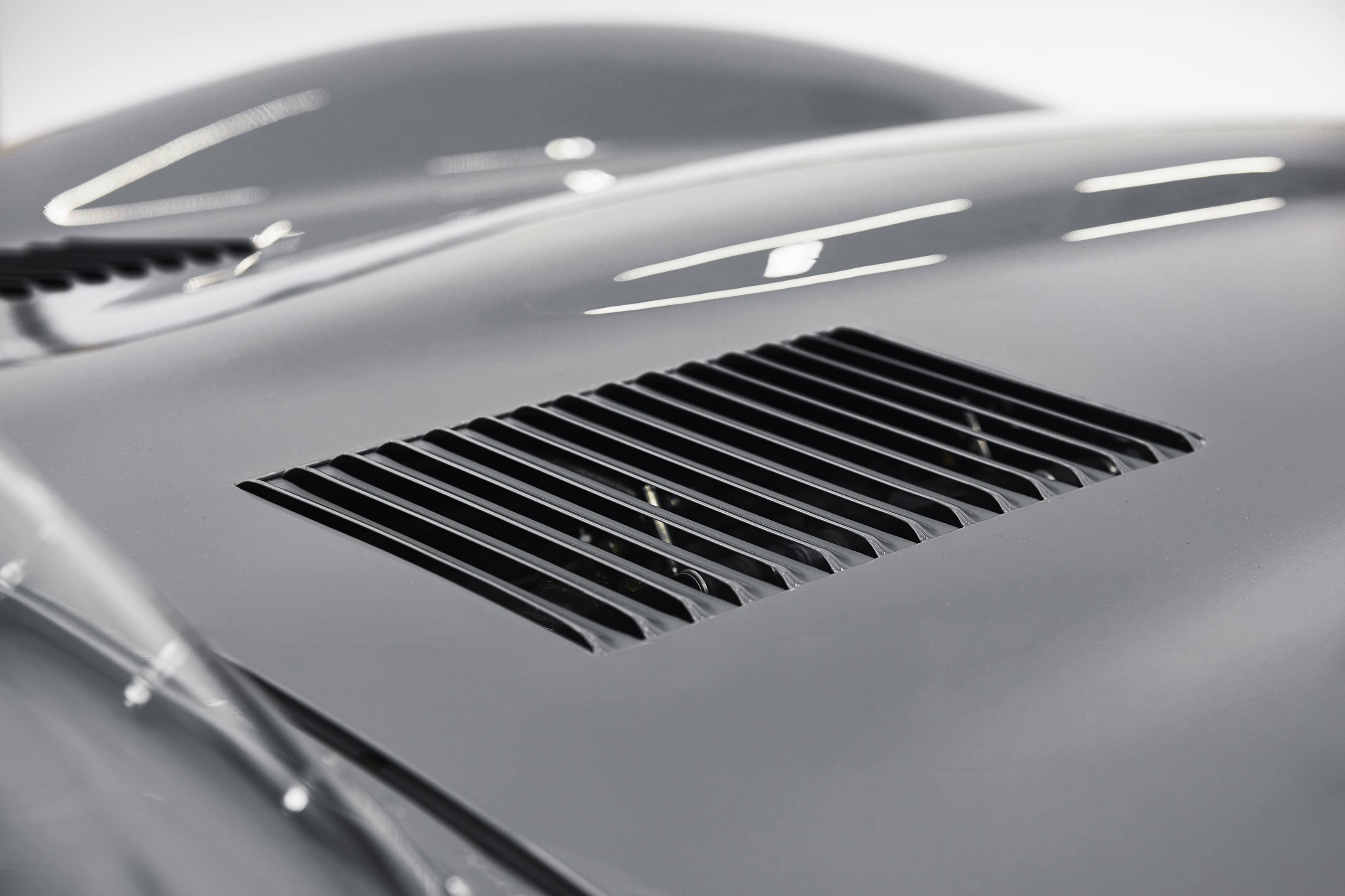 Jaguar Classics D-type hood vents