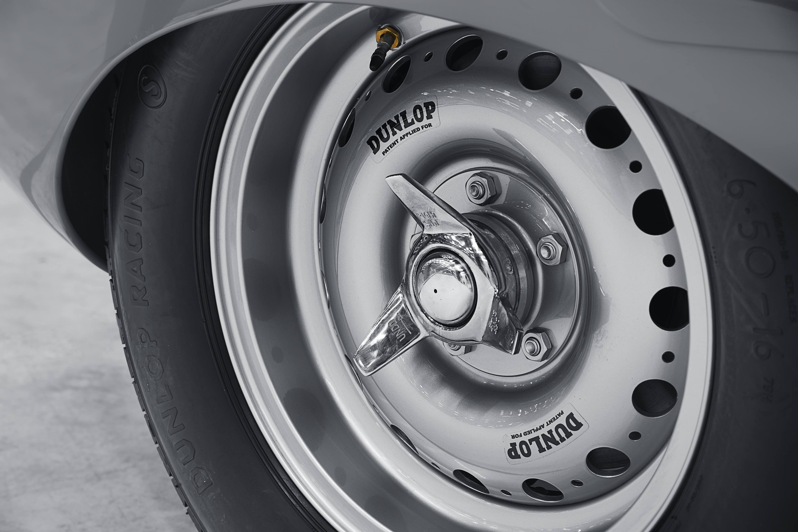 Jaguar Classics D-type knock off wheels