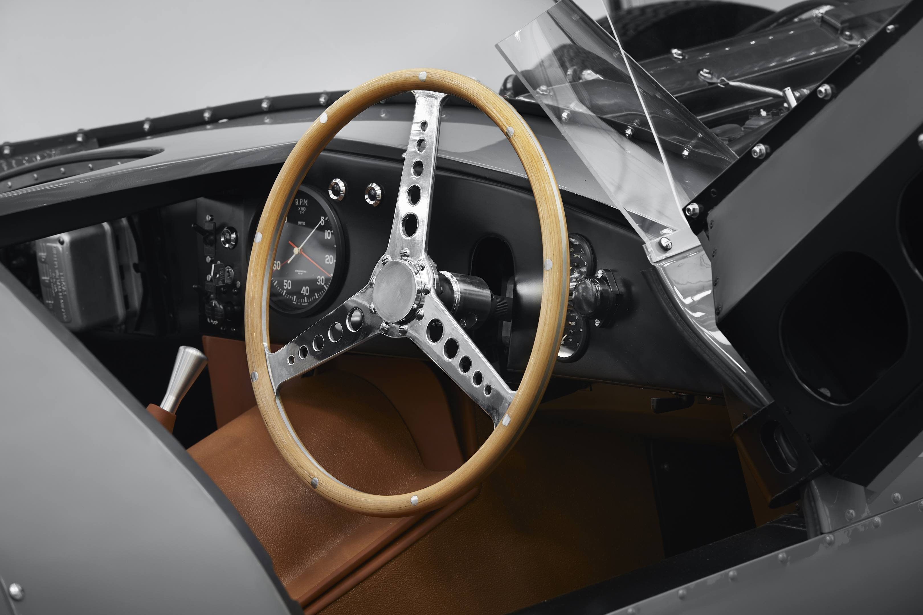 Jaguar D-type steering wheel