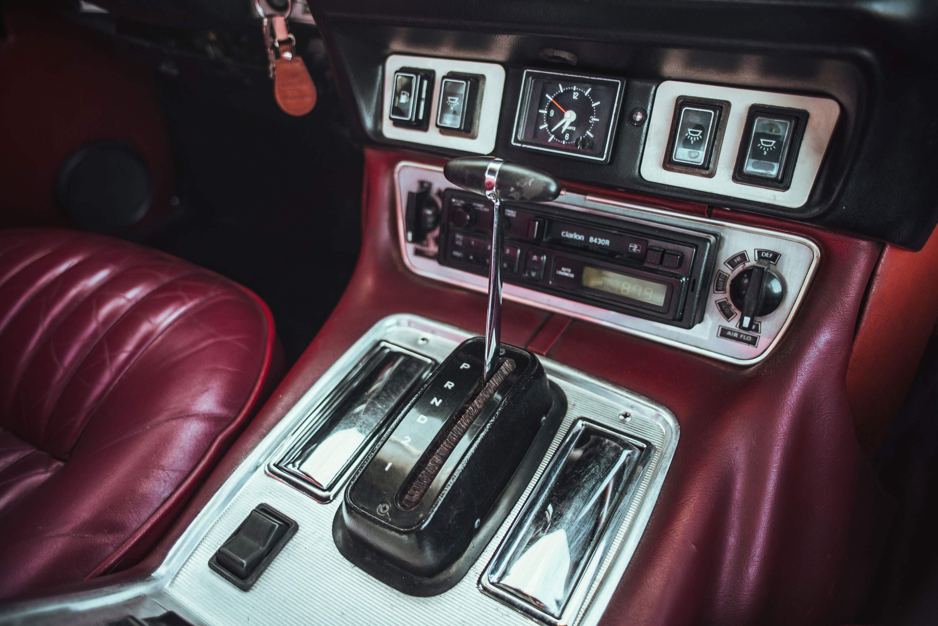 1974 Jaguar XJ6 shifter