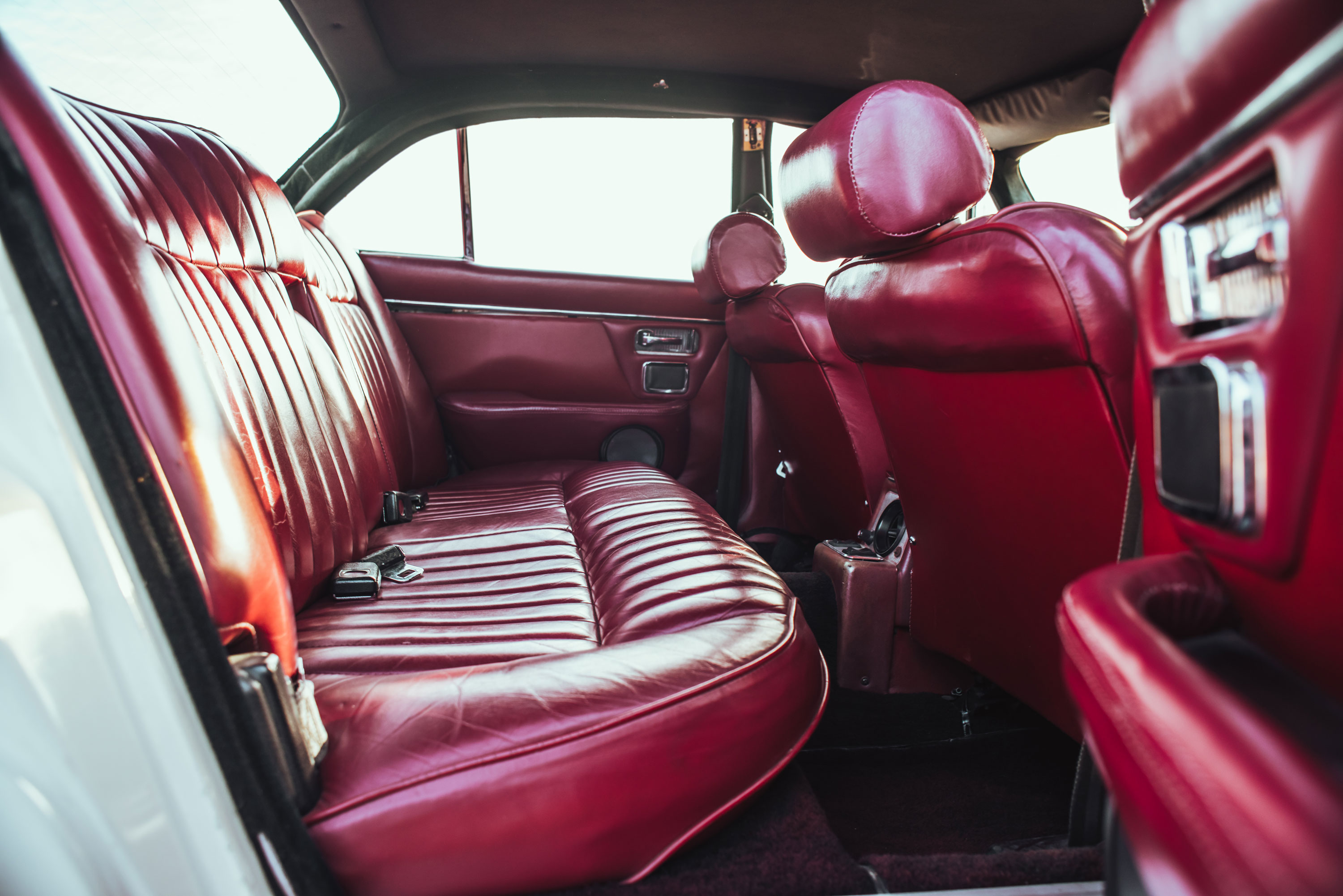 1974 Jaguar XJ6 rear seats