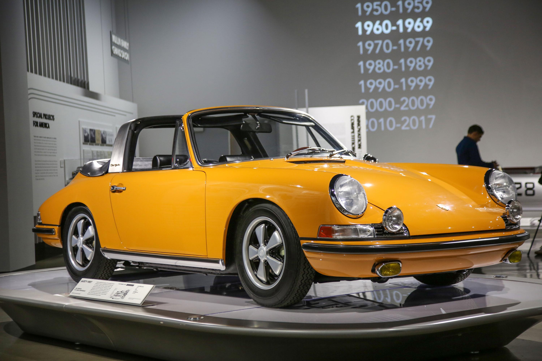 1968 Porsche 911S Targa Sportomatic