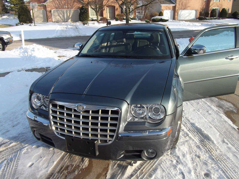 2005 Chrysler 300C once leased by Barack Obama