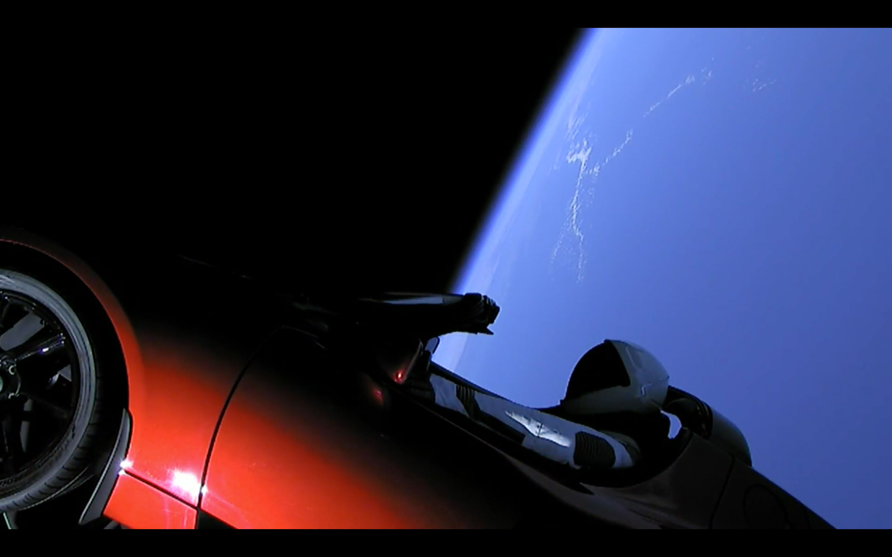 SpaceX launches the world's fourth electric car into space thumbnail