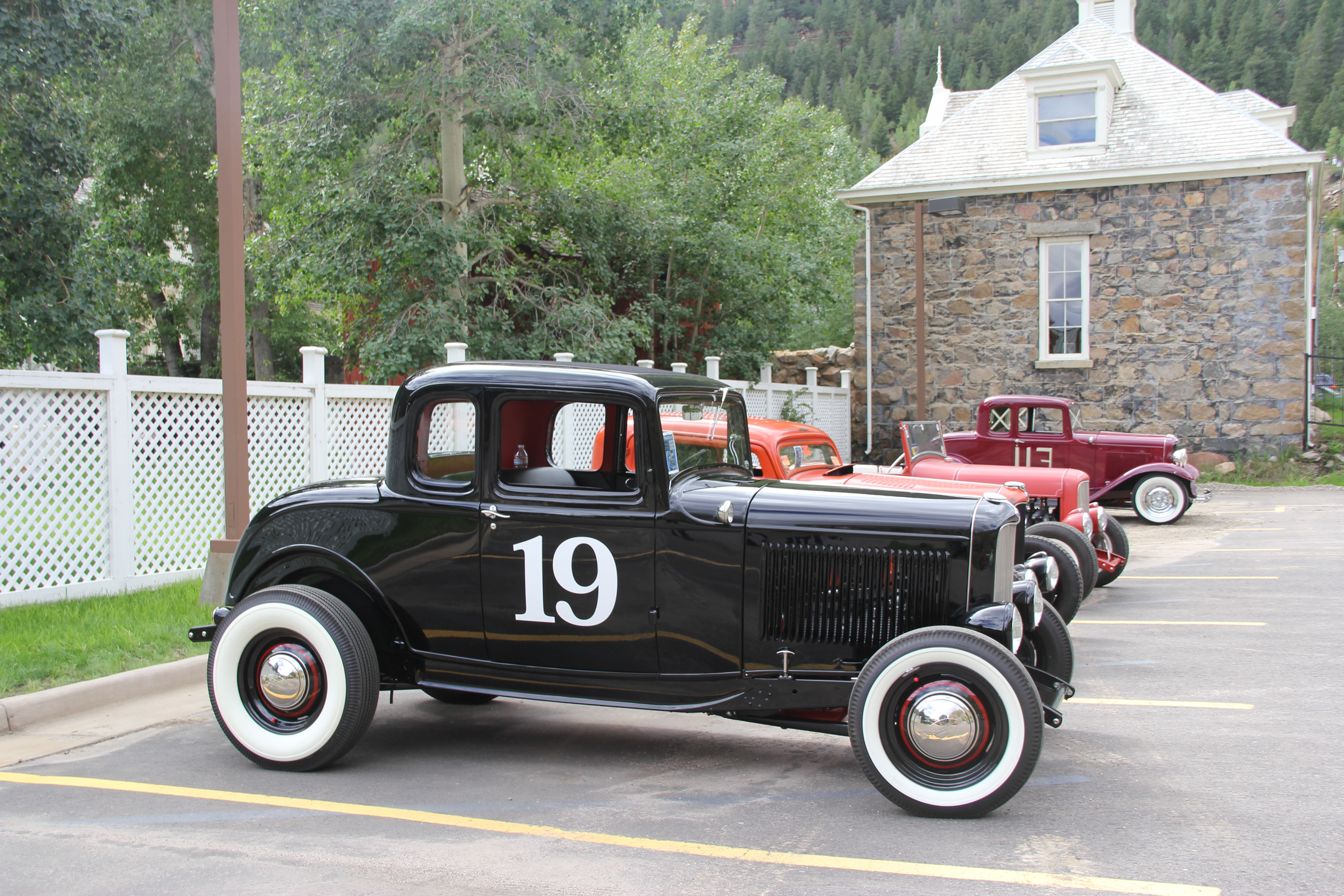 1932 Ford Deuce coupe hot rod number 19
