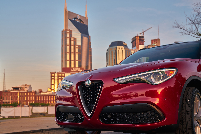 First Drive: 2018 Alfa Romeo Stelvio thumbnail
