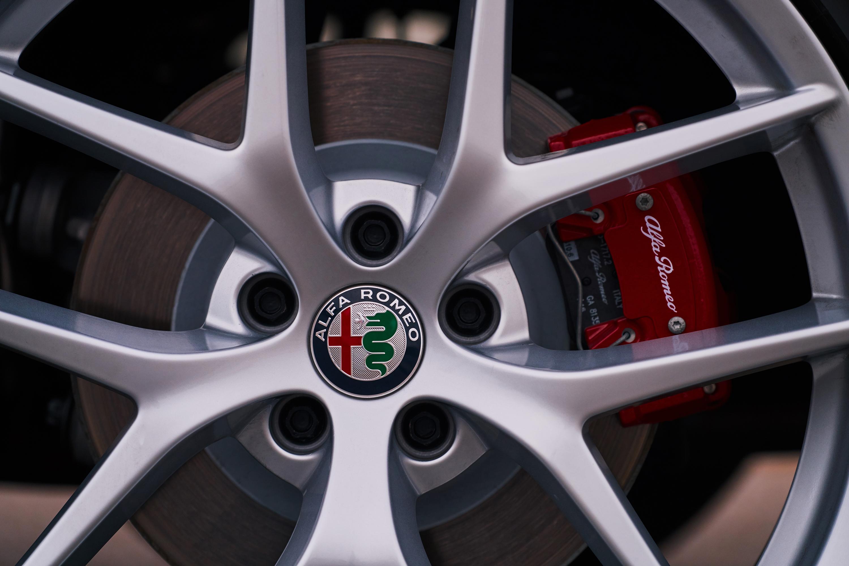 2018 Alfa Romeo Stelvio wheel