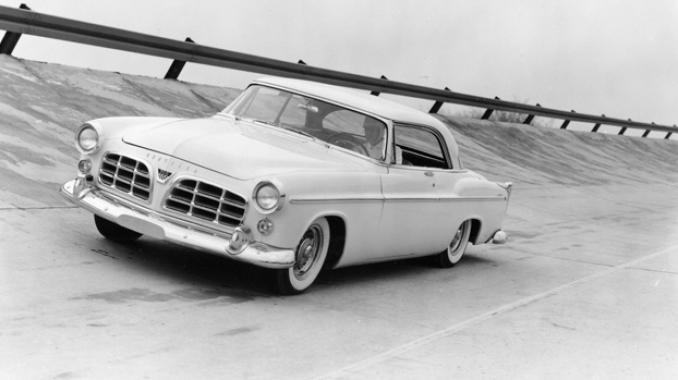 Chrysler C-300 on the track