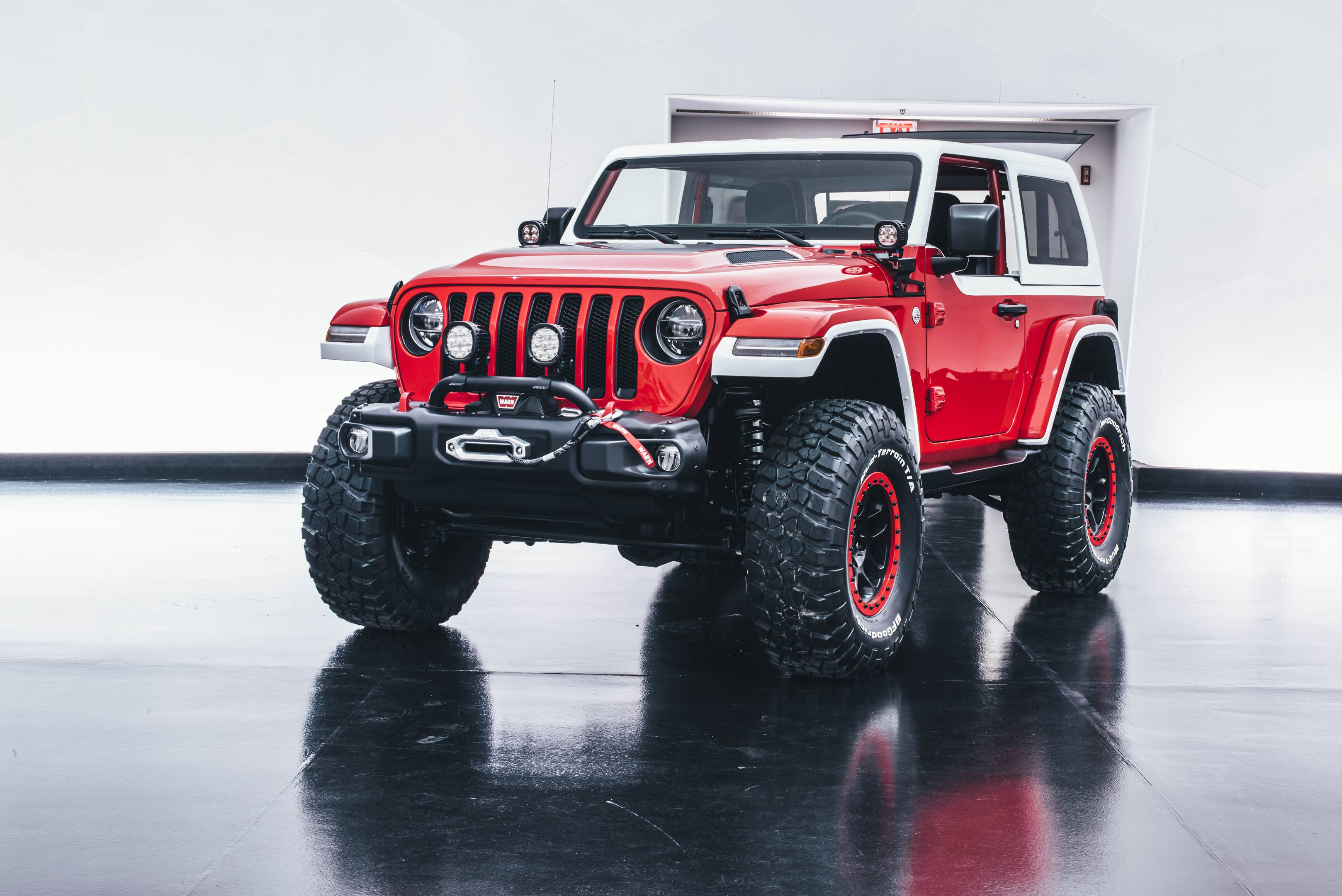 2018 Jeep Jeepster Concept front 3/4