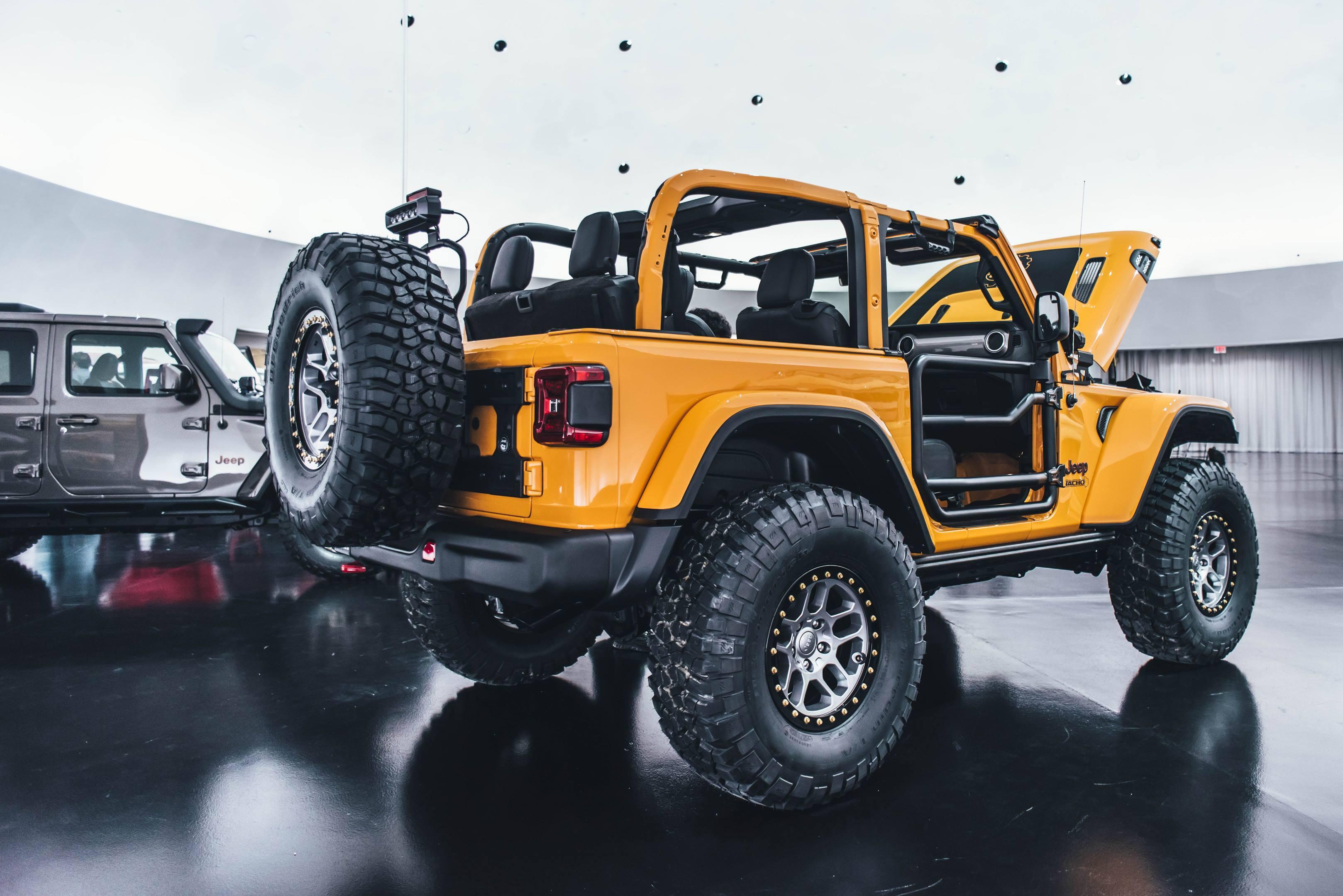 2018 Jeep Nacho Concept rear 3/4