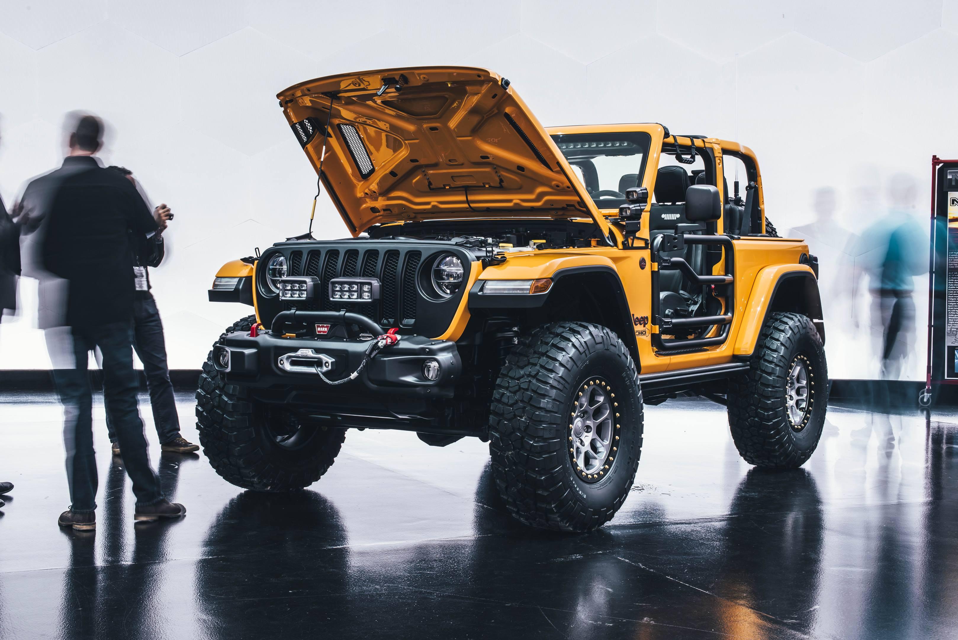 2018 Jeep Nacho Concept front 3/4