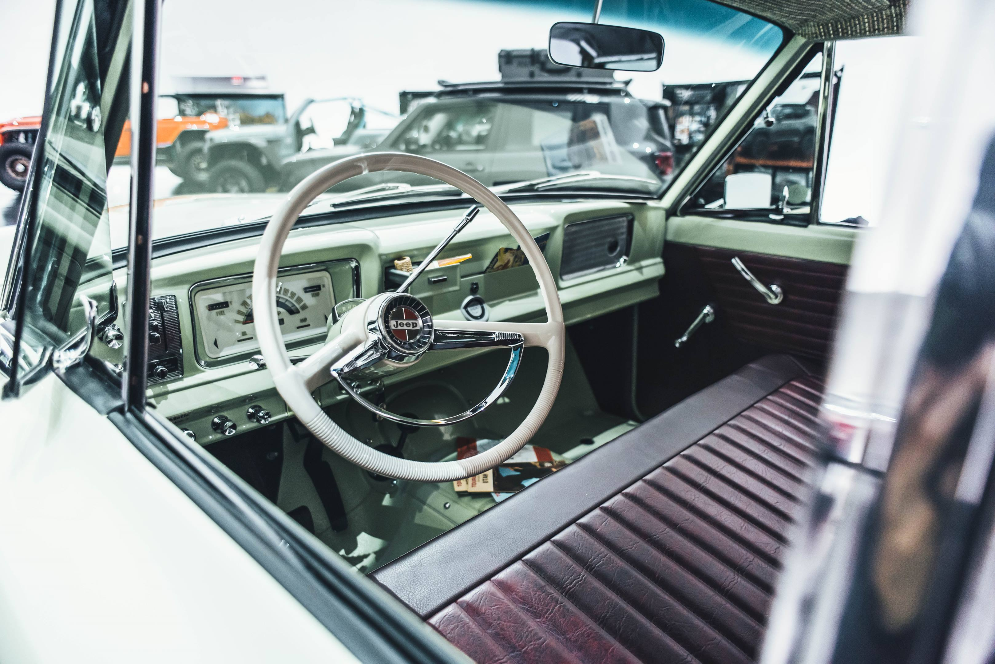 2018 Jeep Wagoneer Roadtrip Concept interior