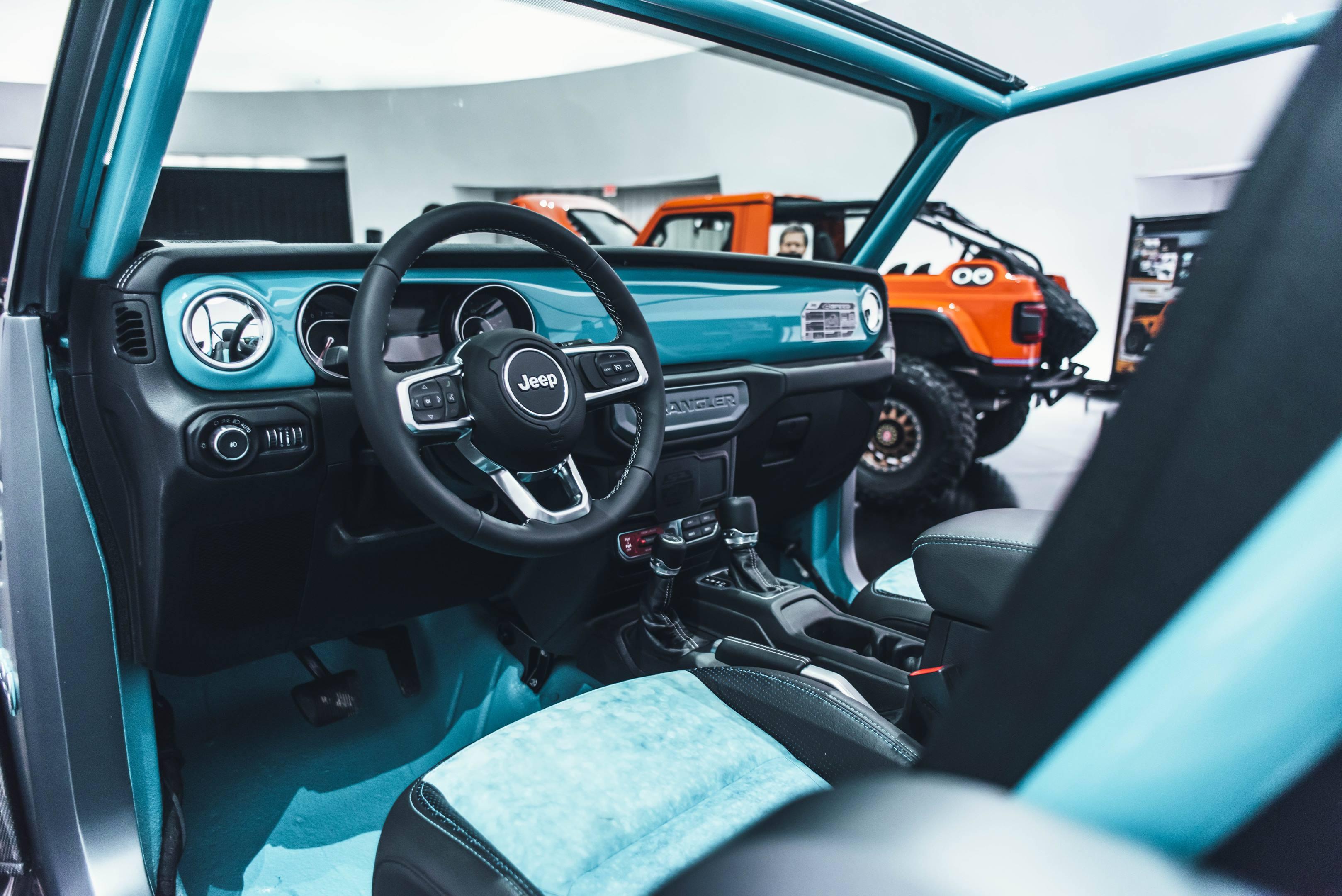 2018 Jeep 4Speed Concept interior
