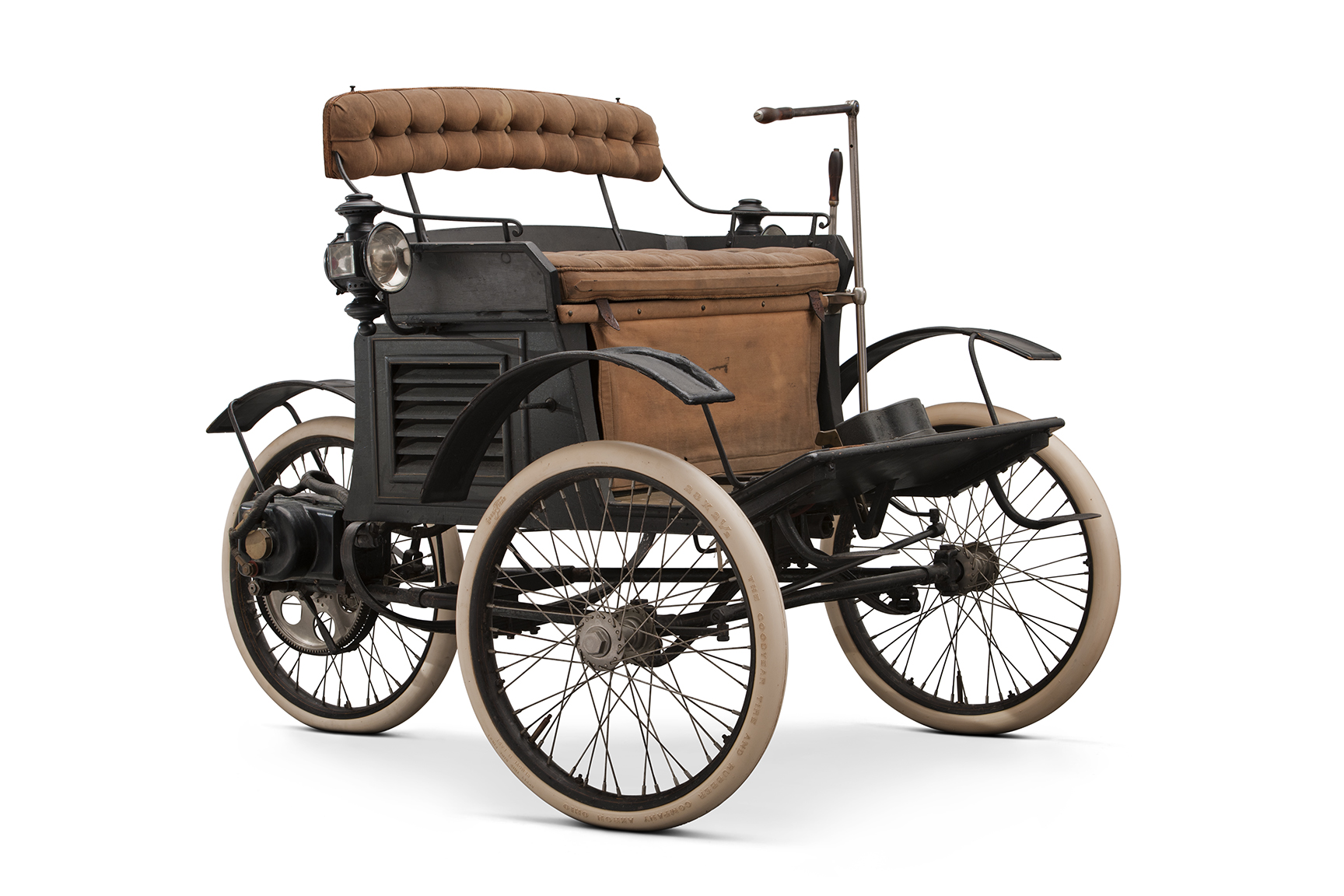 1896 Riker Electric Runabout front 3/4