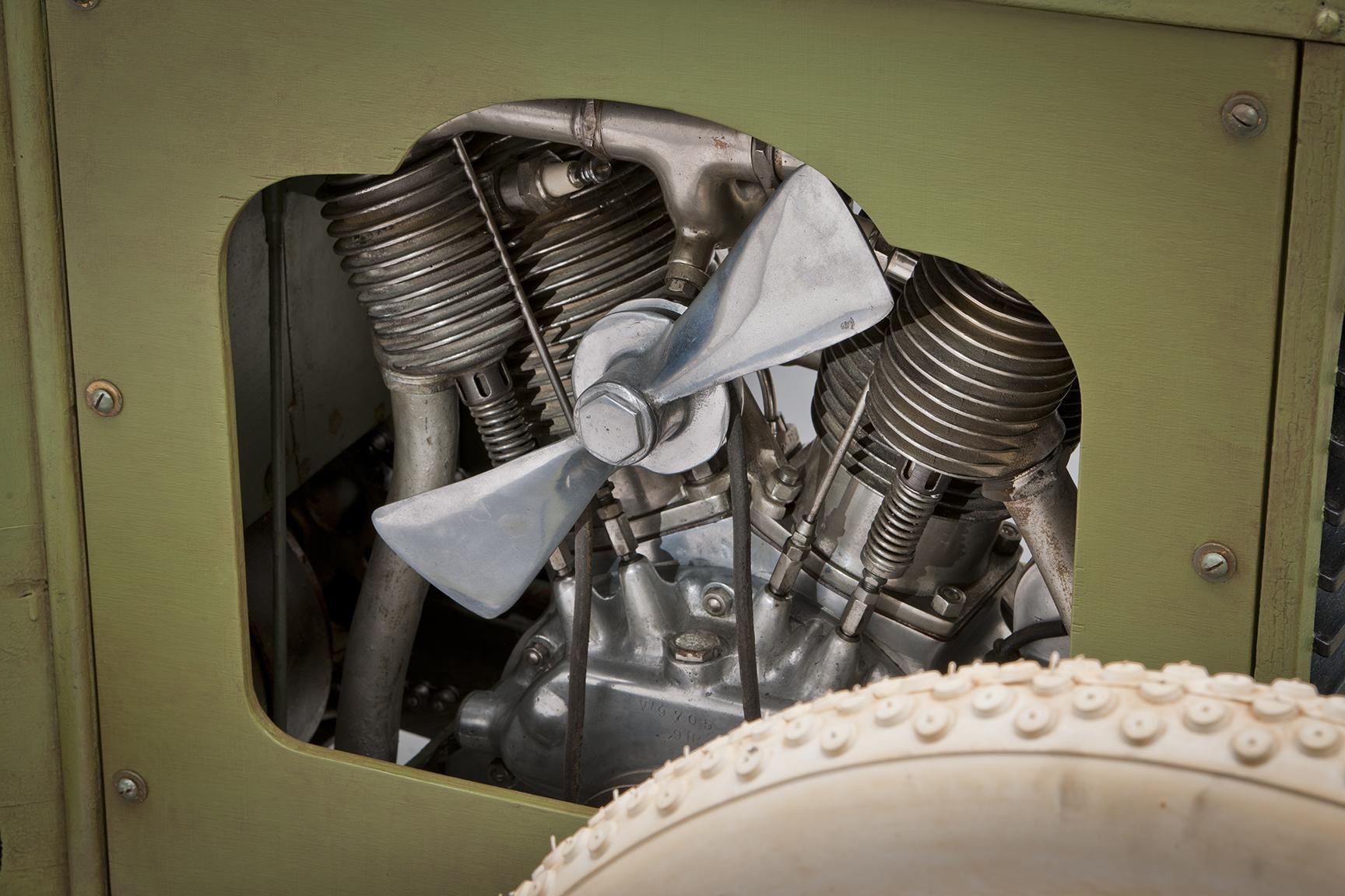 1913 Scripps-Booth Rocket engine