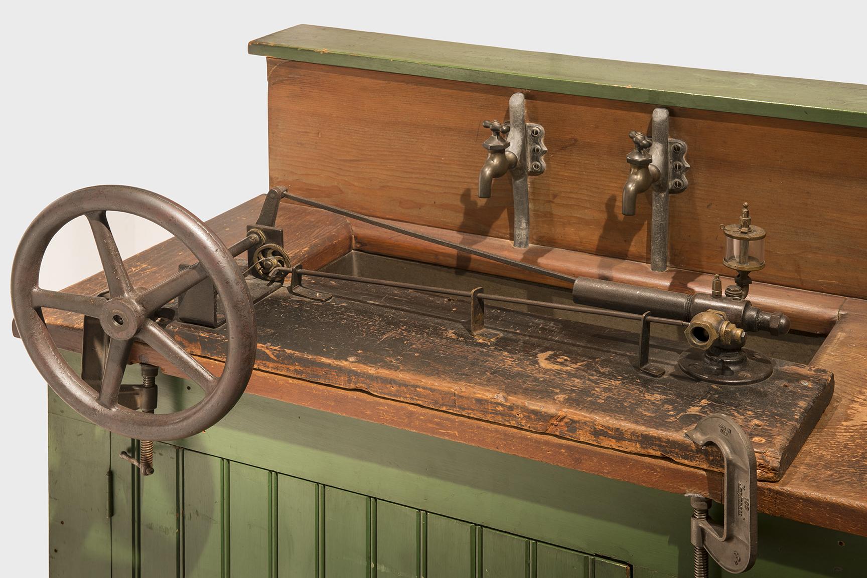 1893 Clara As Carburetor