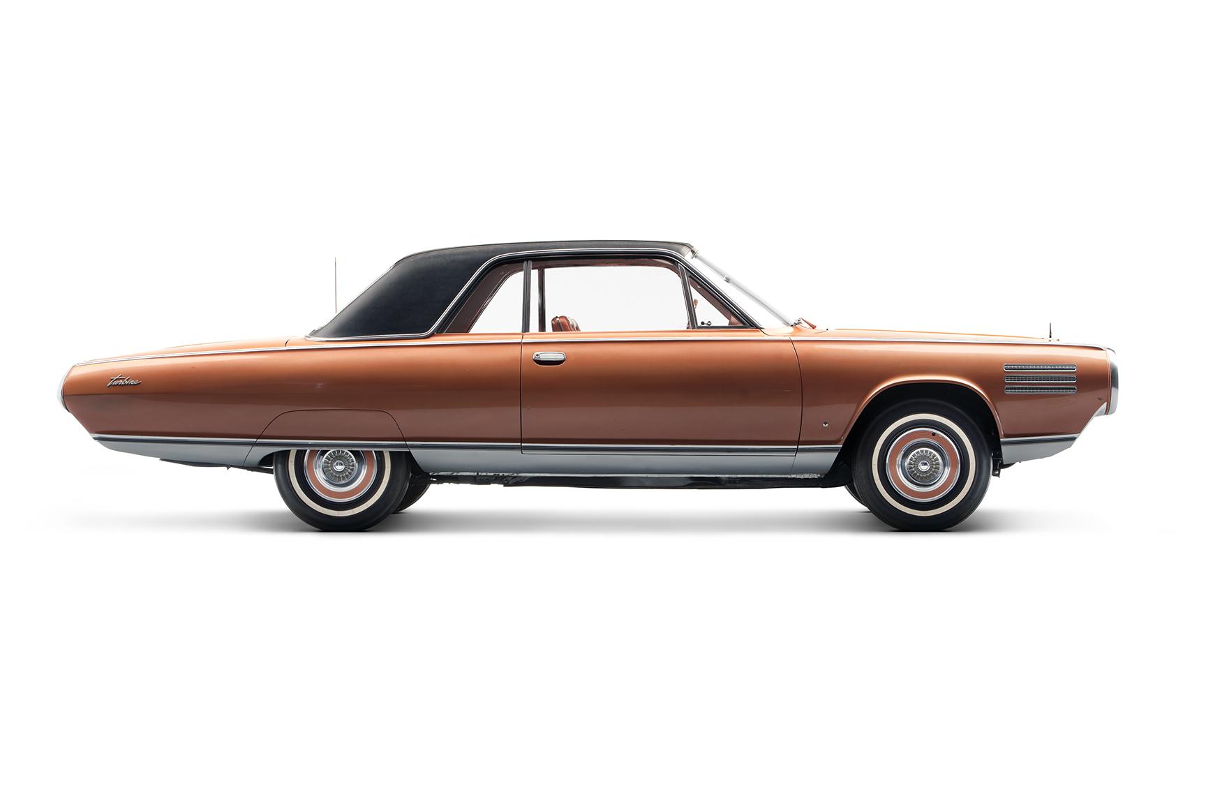 1964 Chrysler Turbine profile