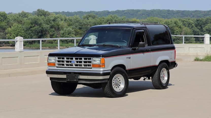 1990 Ford Bronco II front 3/4