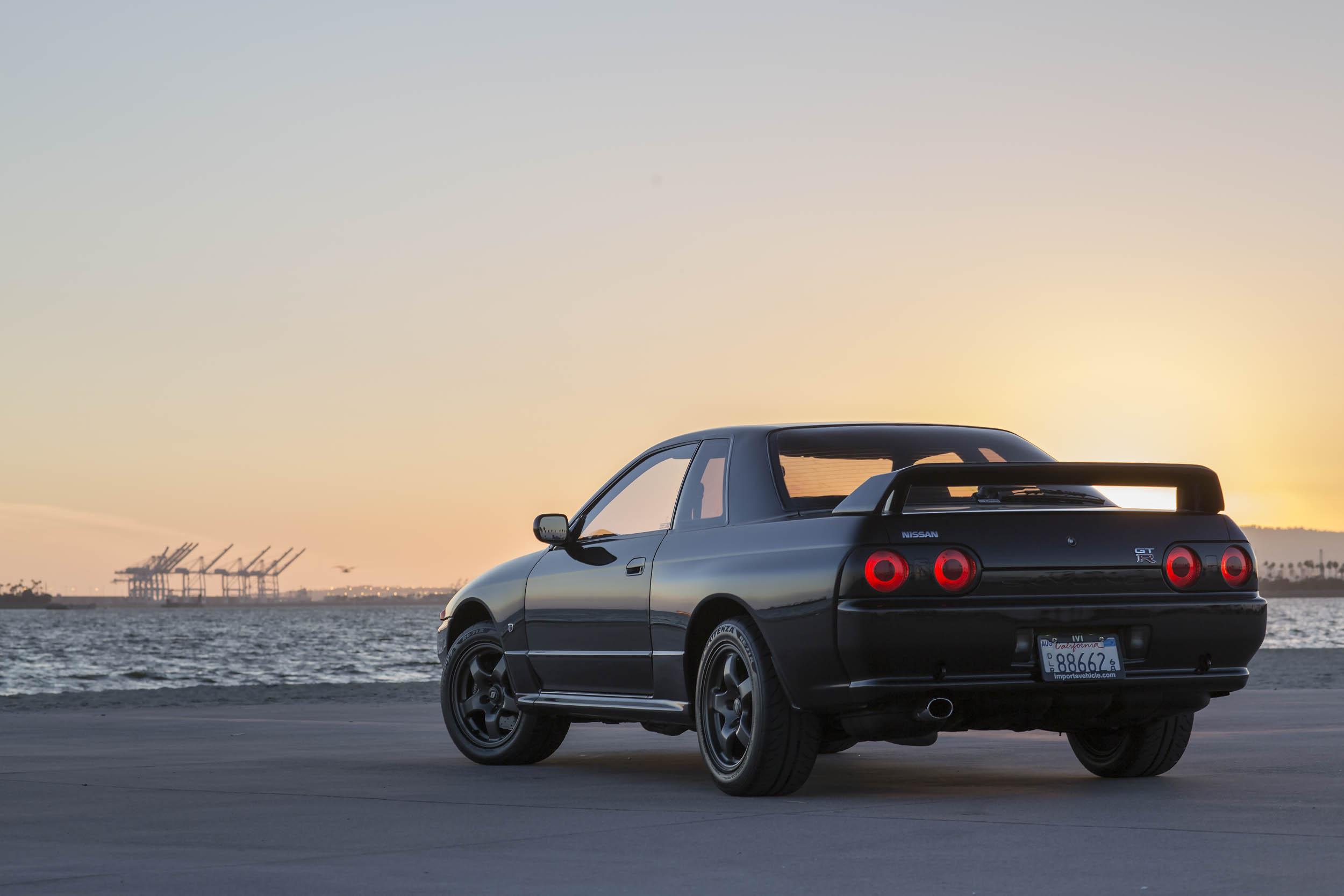 Nissan R32 GT-R rear 3/4