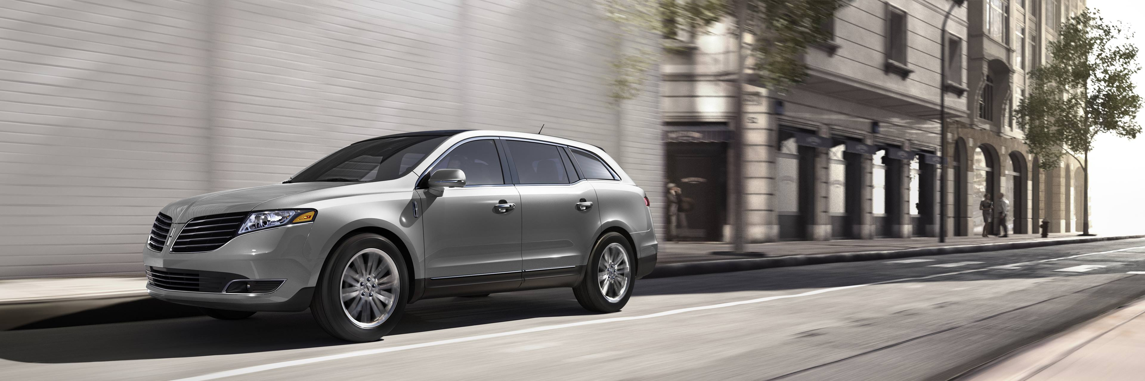 Lincoln MKT driving front 3/4