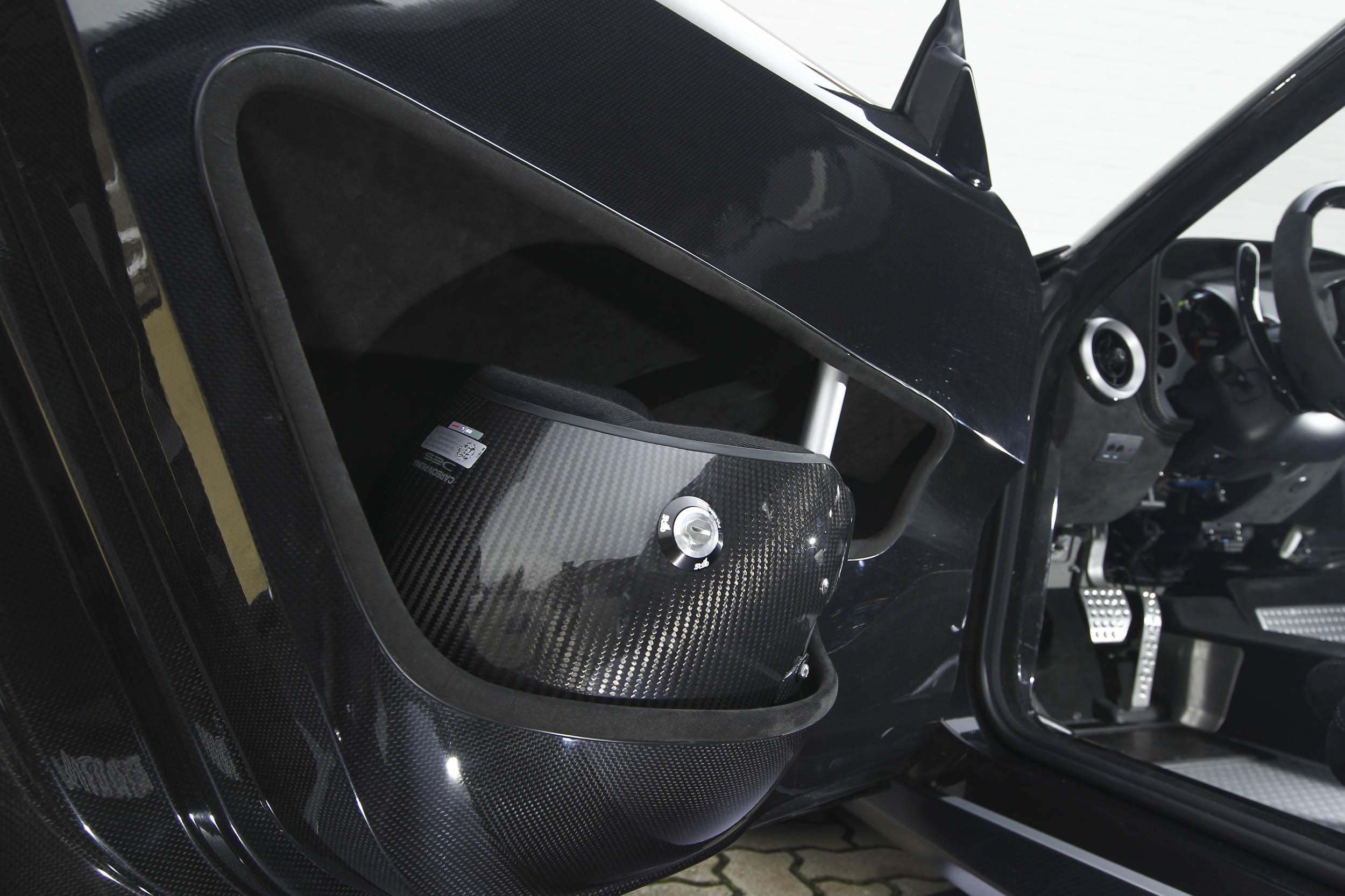 New Stratos racing helment in the door