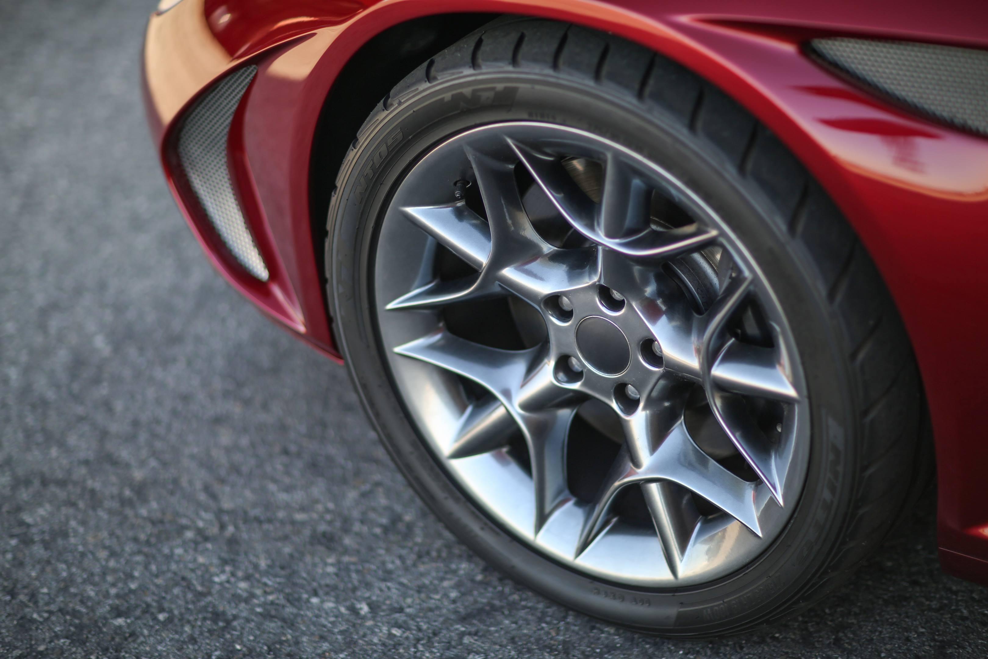 Zagato Perana Z-One wheel detail