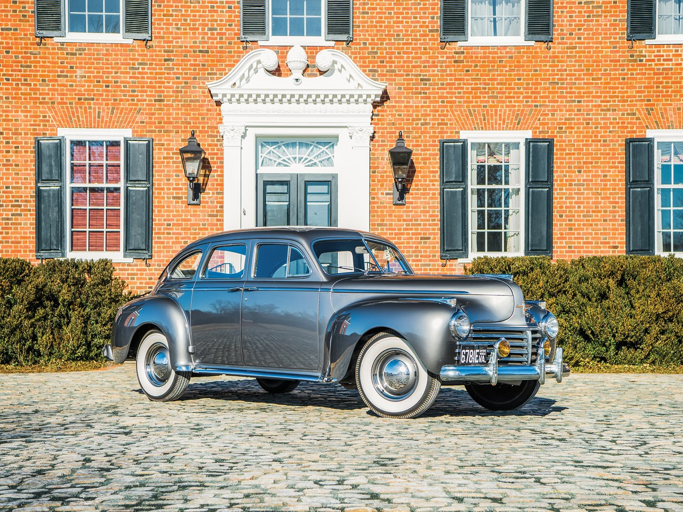 1941 Chrysler Windsor front 3/4