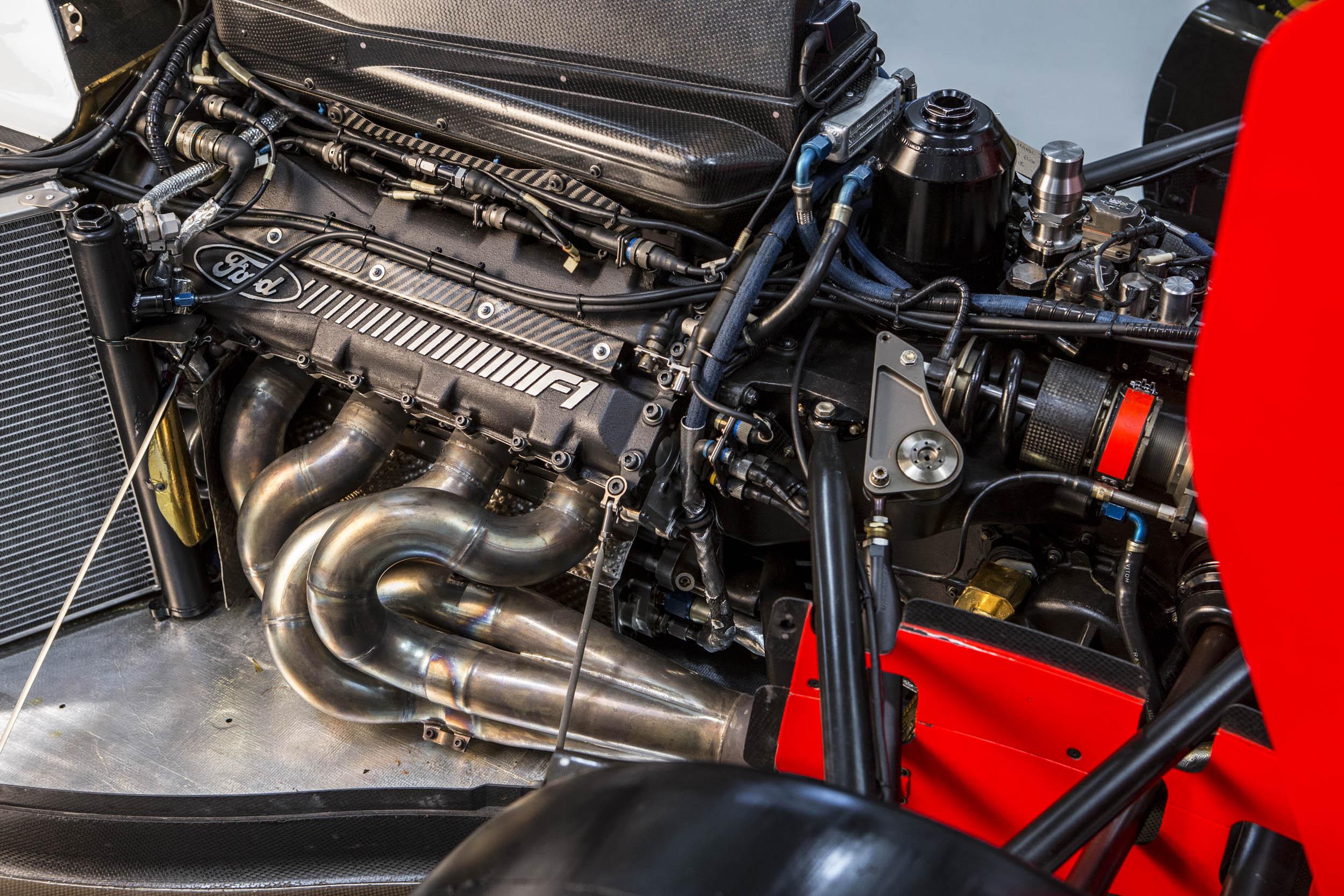1993 McLaren MP4/8A Ford engine detail