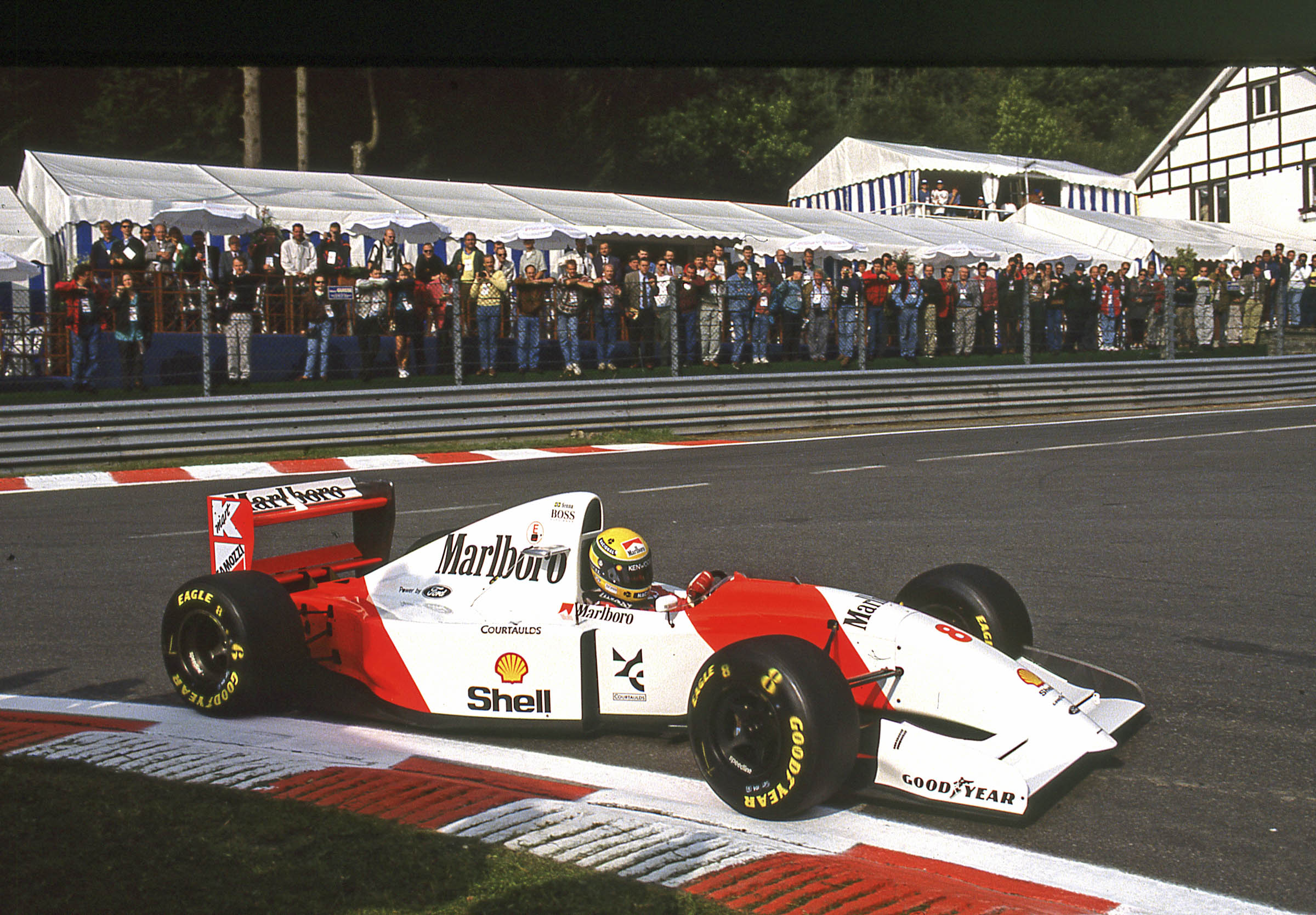 1993 McLaren MP4/8A Chassis no. 6 racing