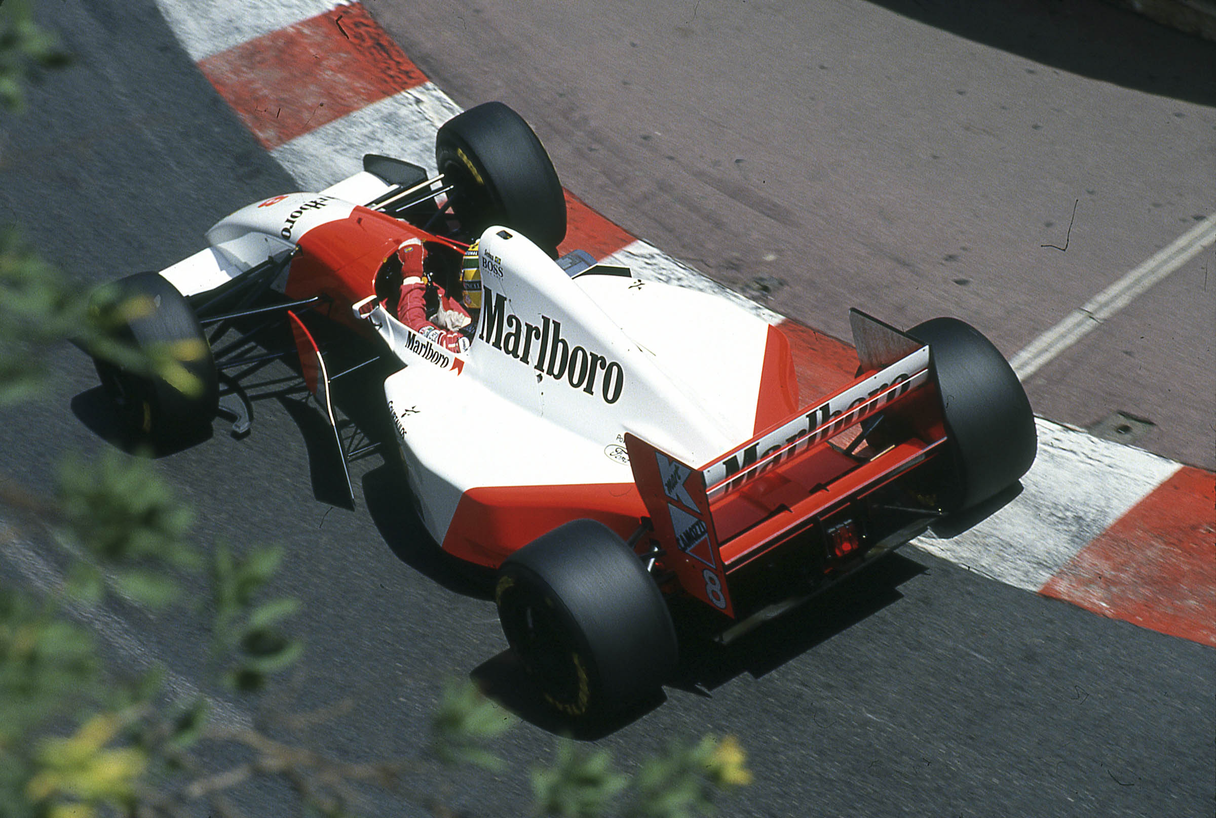 1993 McLaren MP4/8A Chassis no. 6 being raced