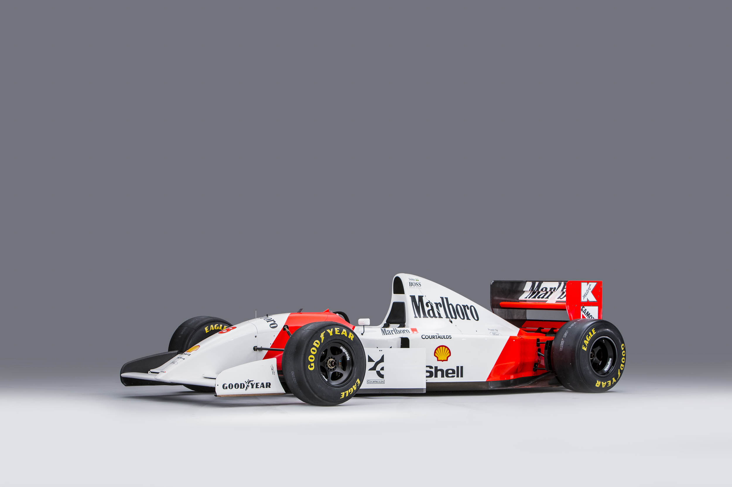 1993 McLaren MP4/8A Chassis no. 6 front 3/4