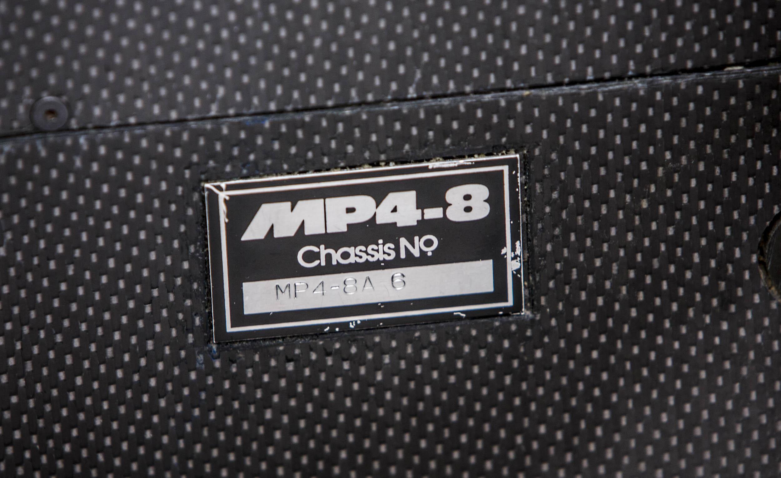 McLaren MP4/8A badge