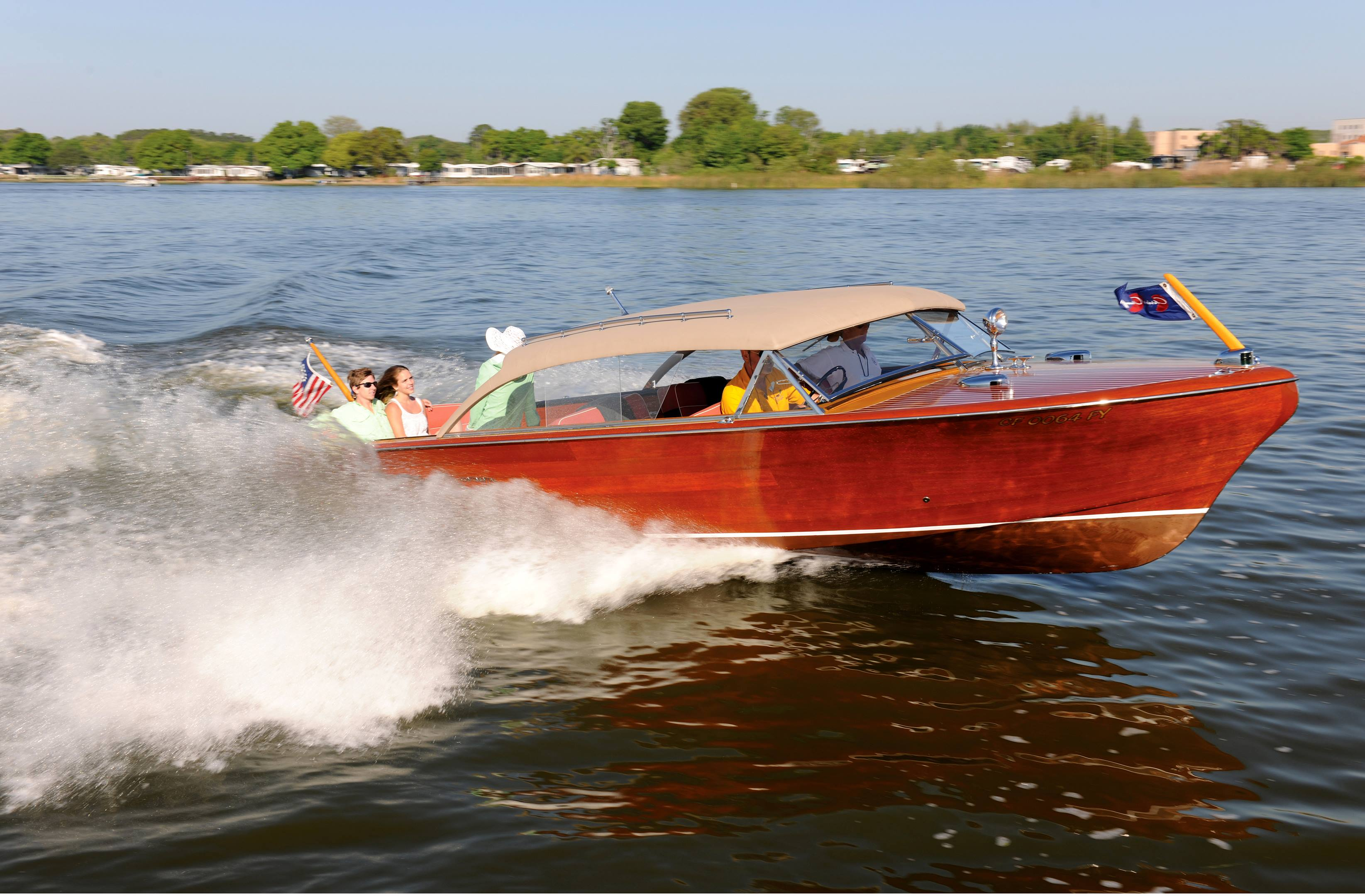 1956 Chris-Craft 26-foot Sedan