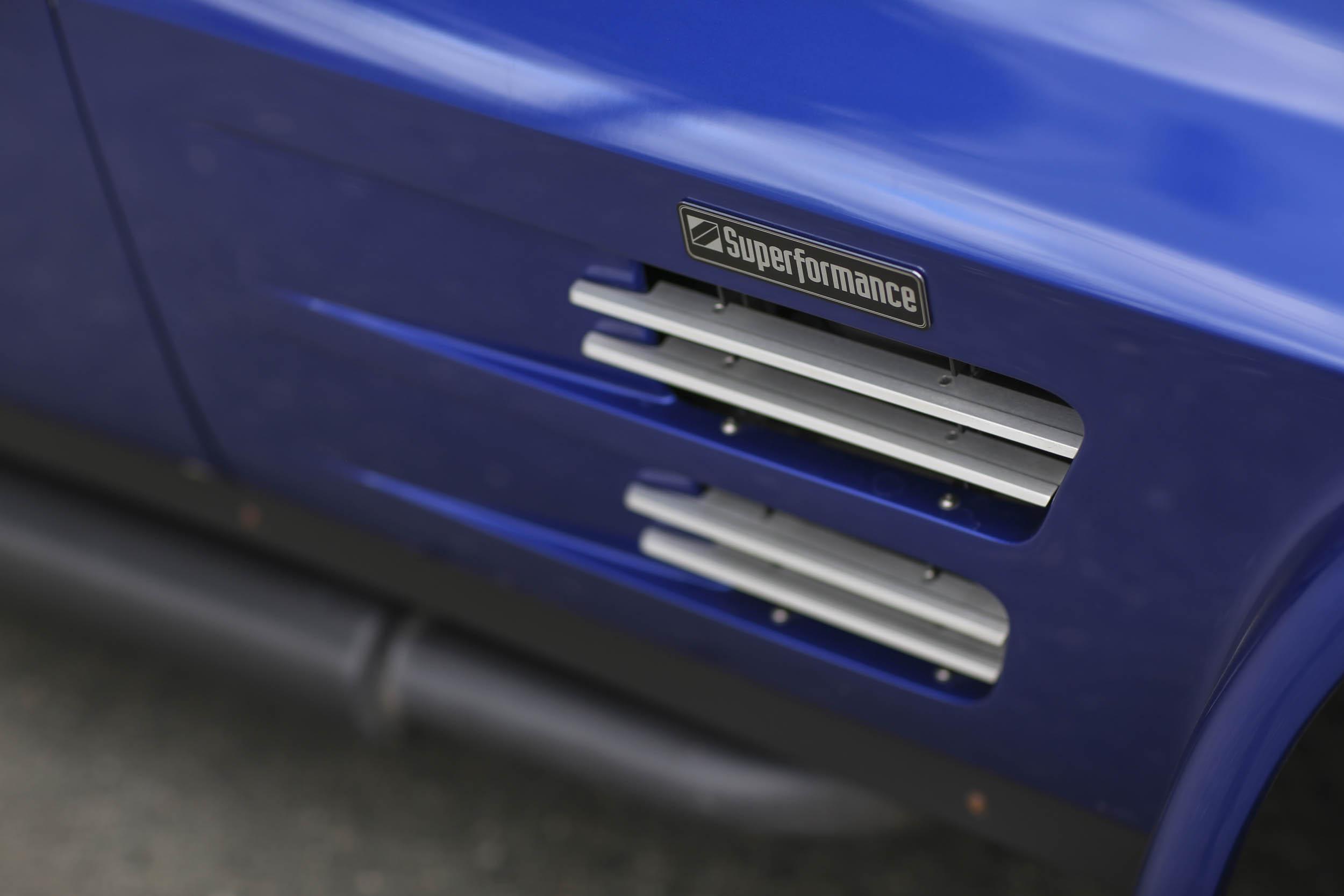 Superformance Corvette Grand Sport  fender emblem