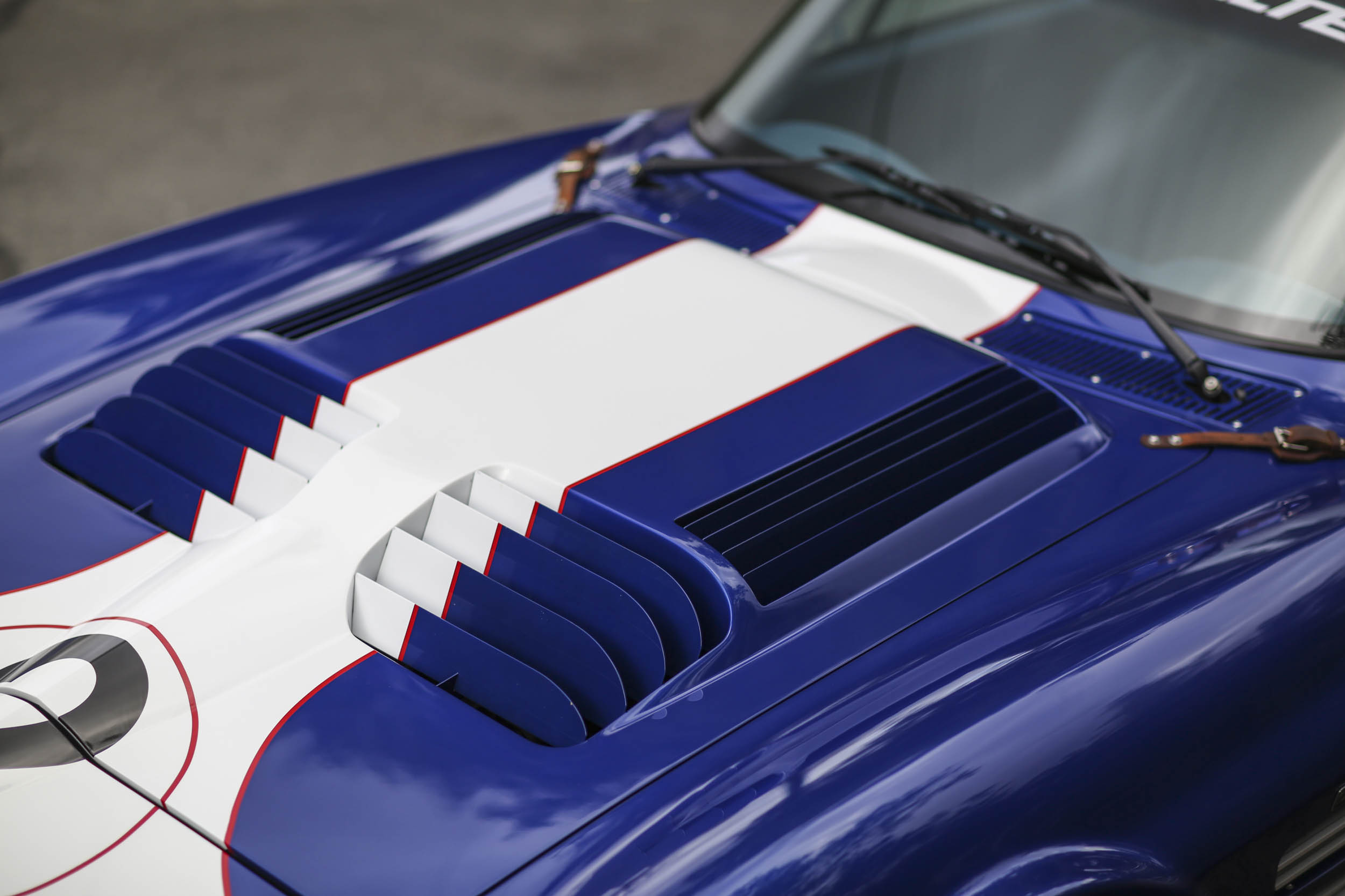 Superformance Corvette Grand Sport hood louvers