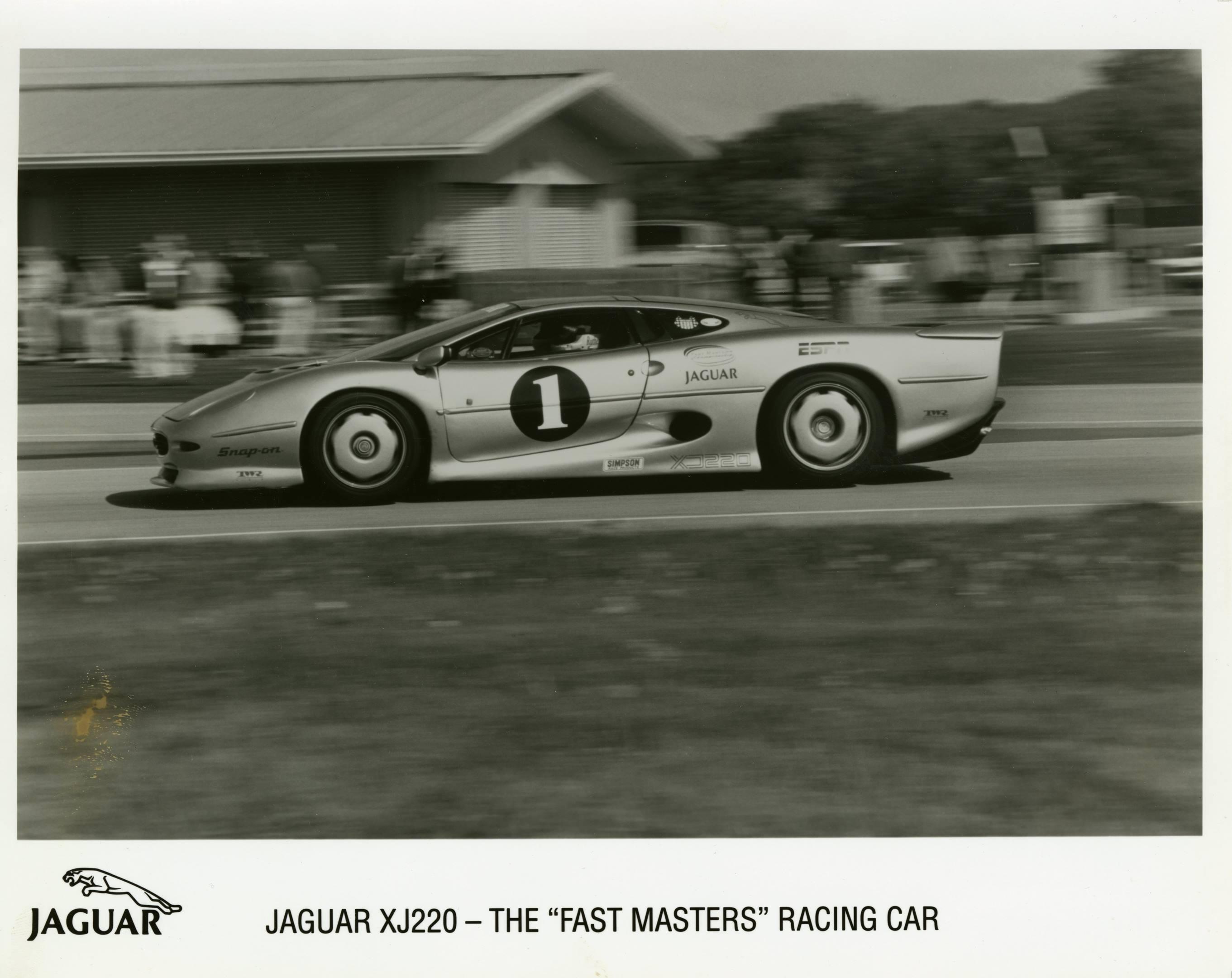 "Jaguar XJ220 - The ""Fast Masters"" Racing Car"