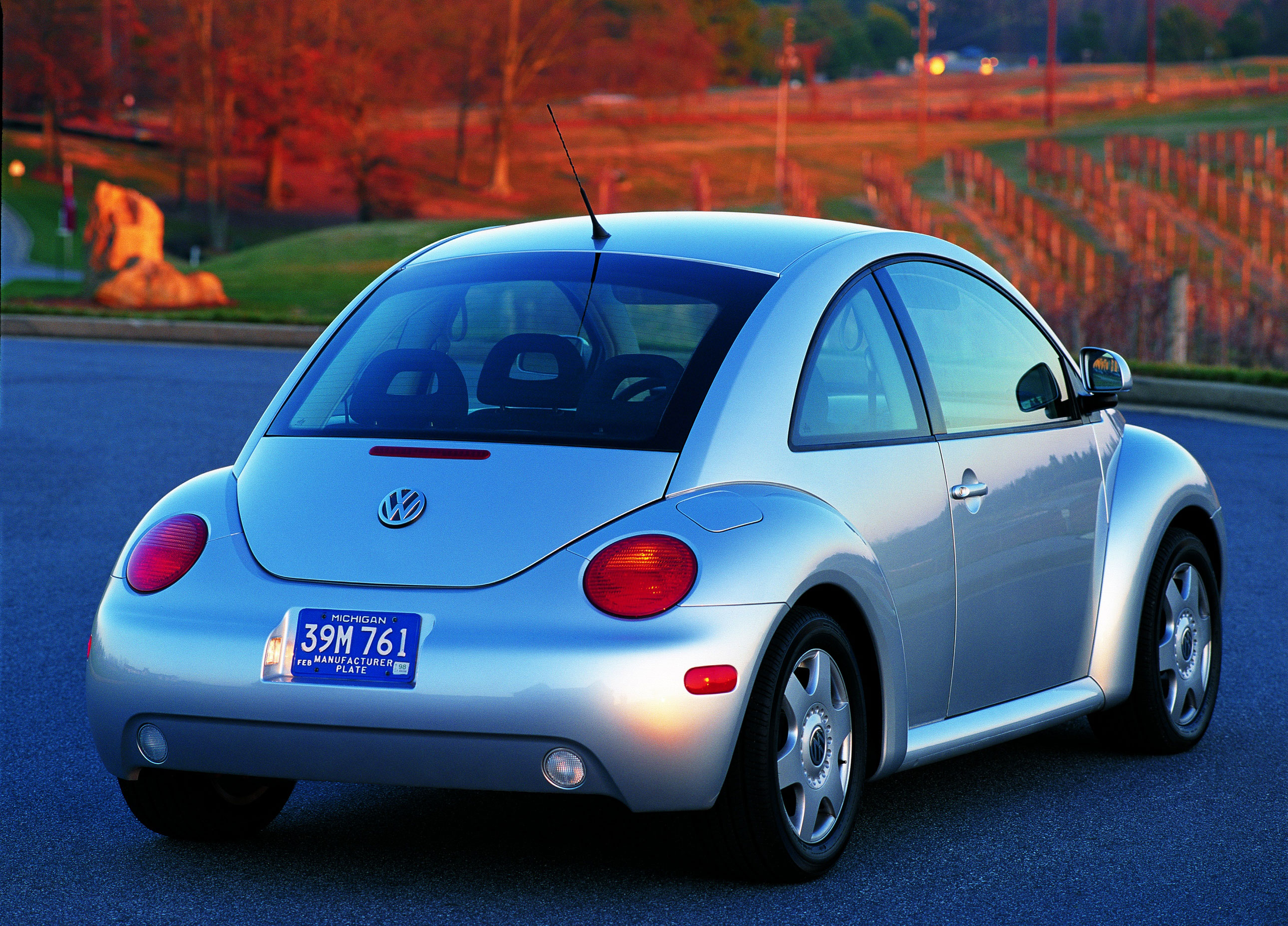 1998 Volkswagen Beetle rear 3/4