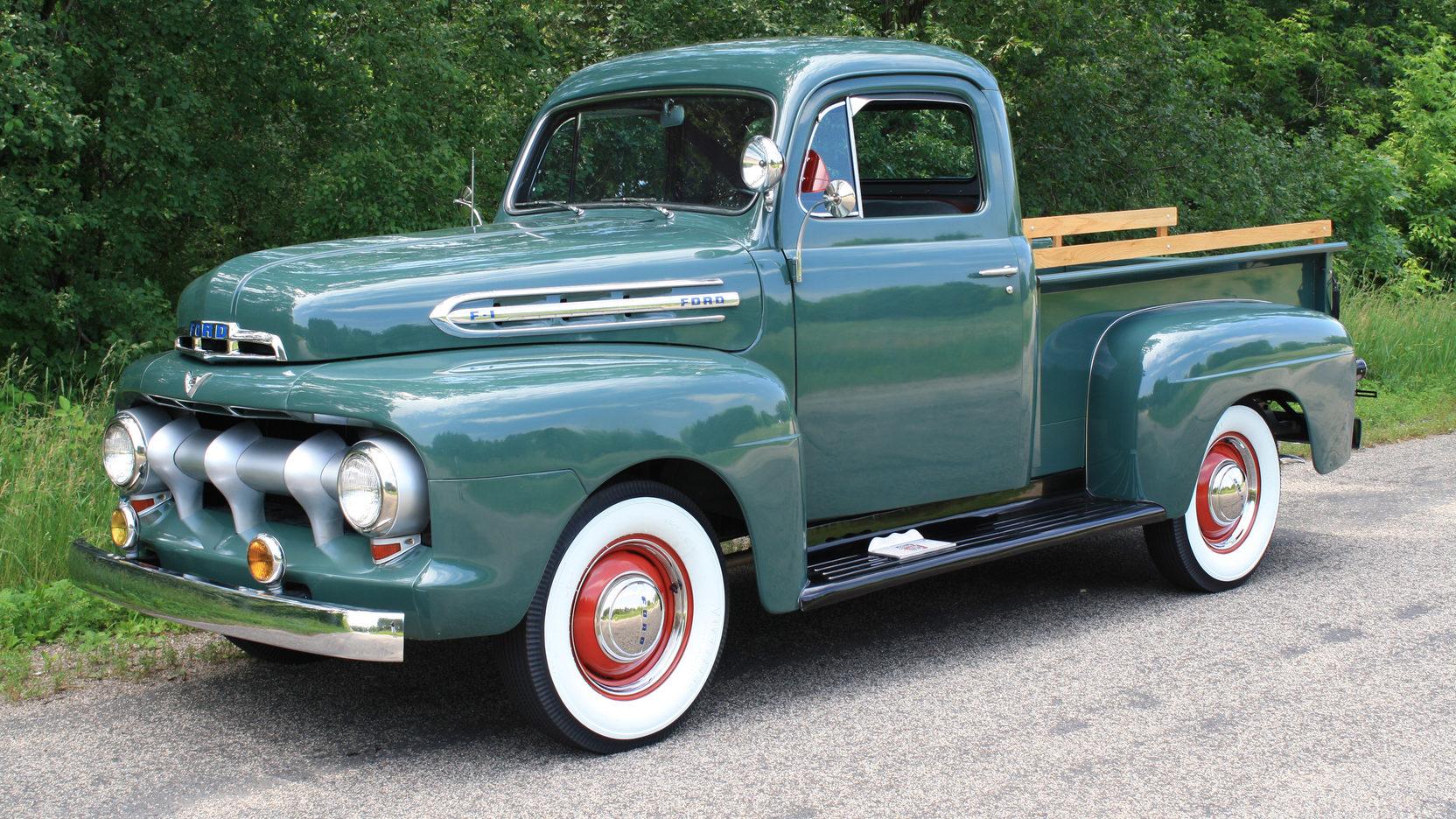 1951 Ford F1 truck