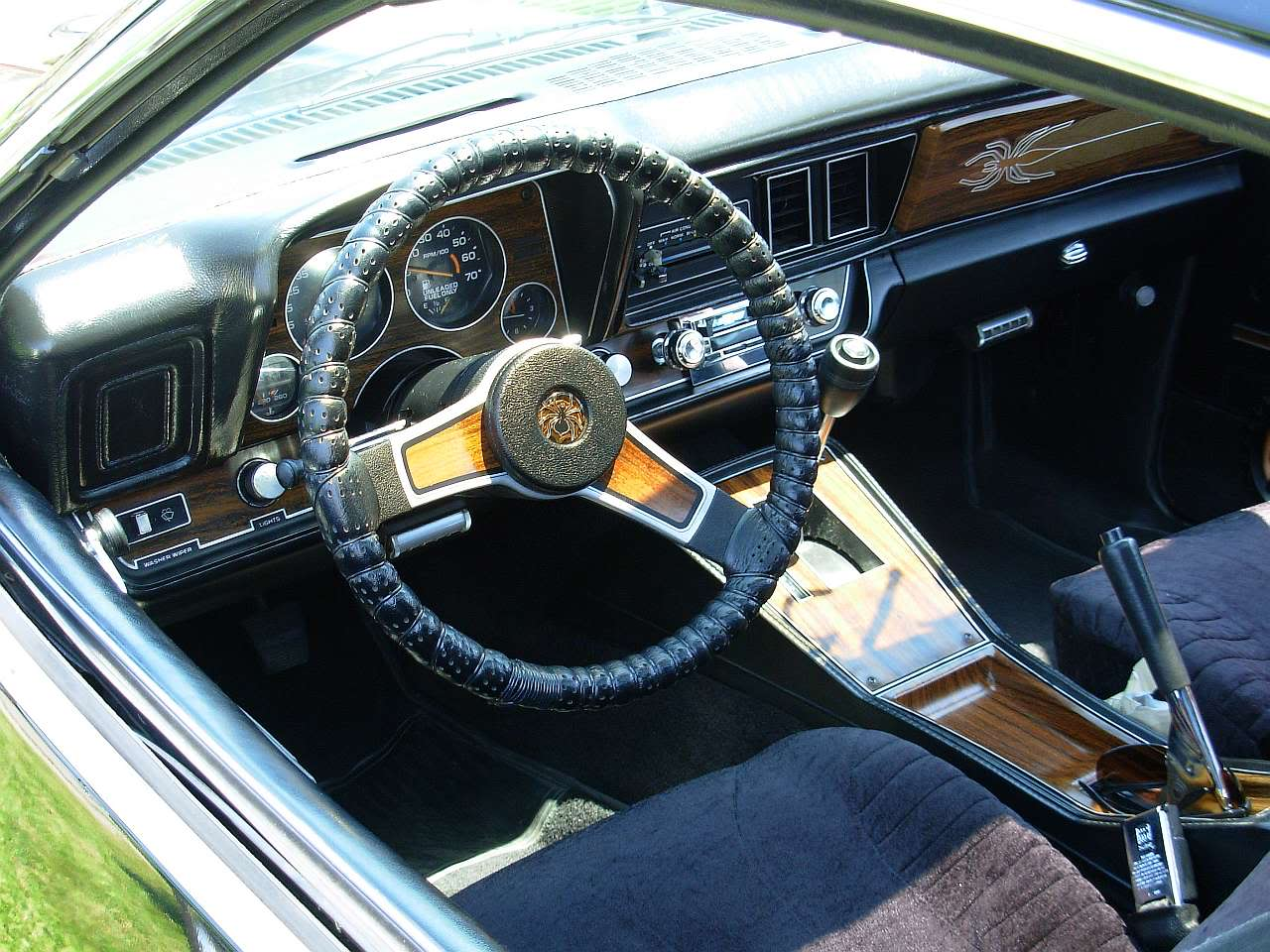 McCready's Monza interior