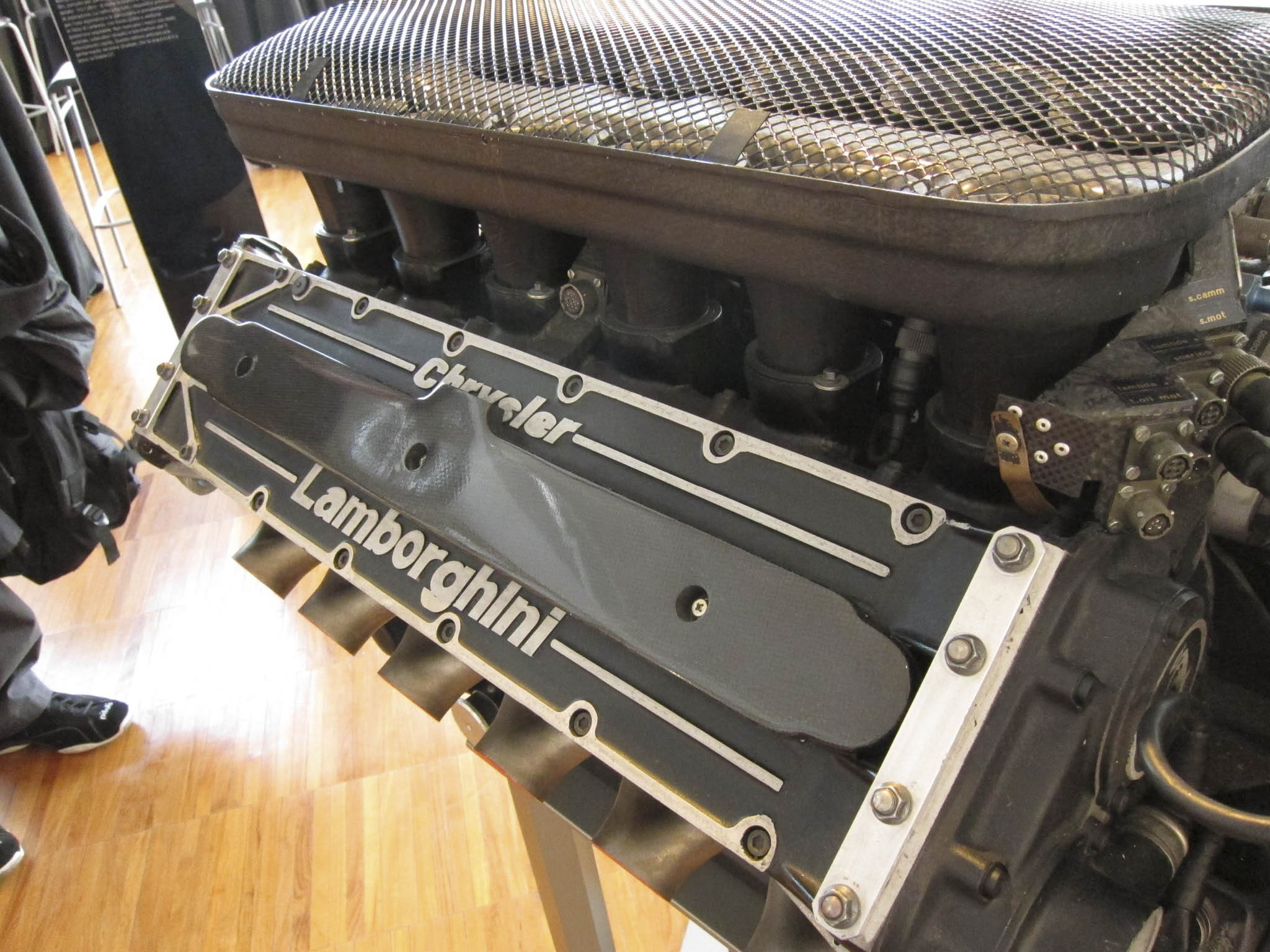 Lamborghini Chrysler engine