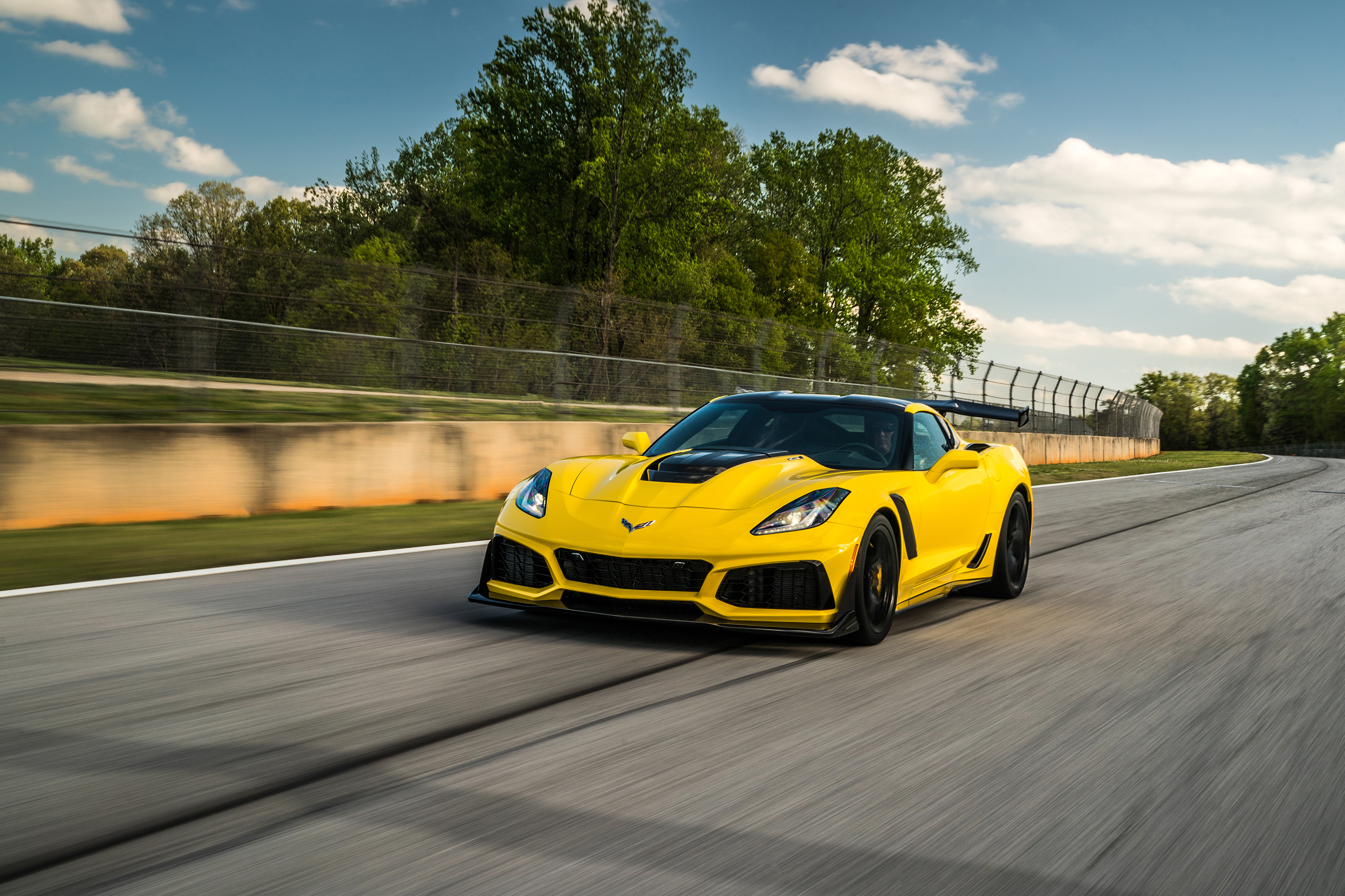 2019 chevrolet corvette zr1 yellow track front