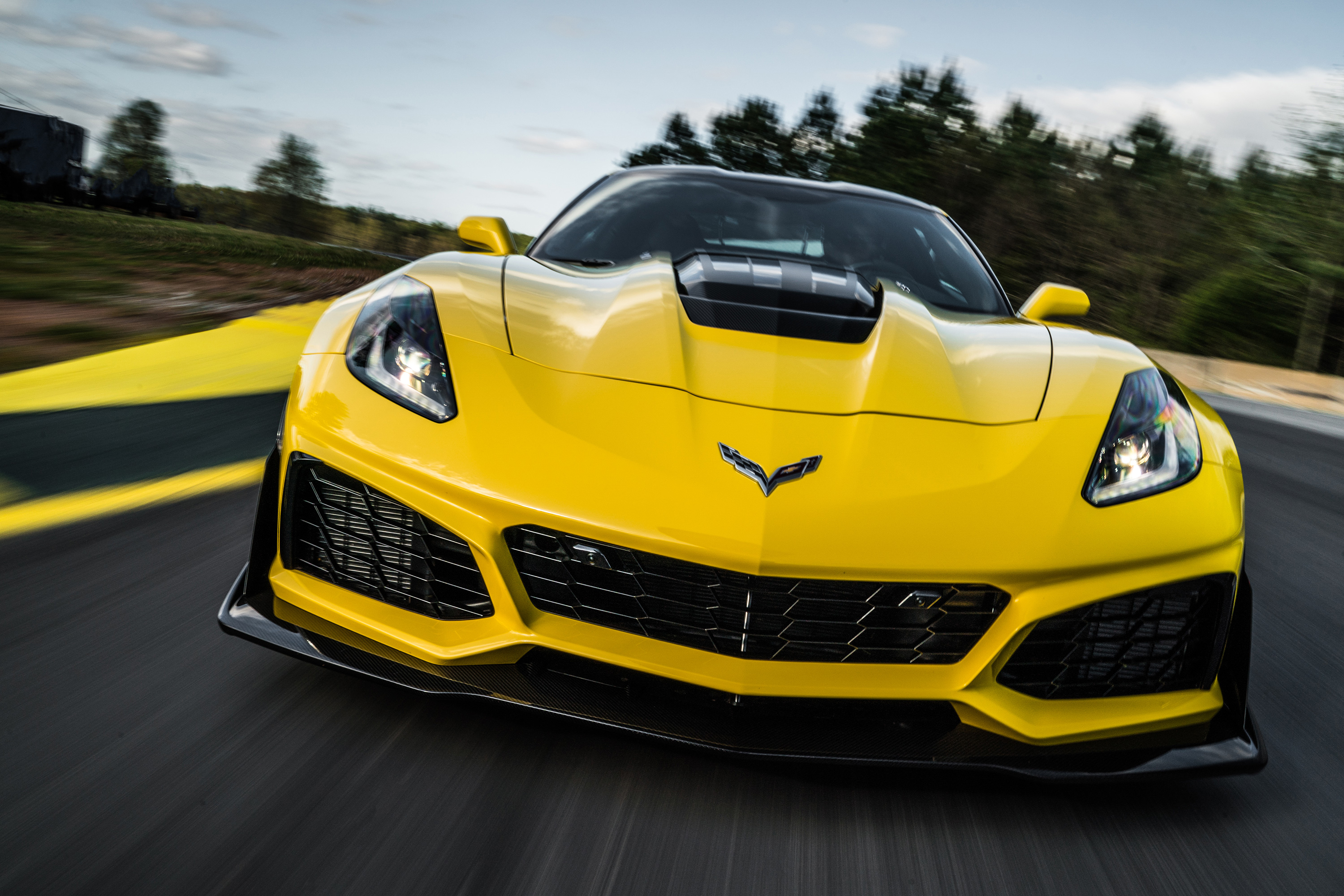 2019 chevy corvette zr1 front yellow angry