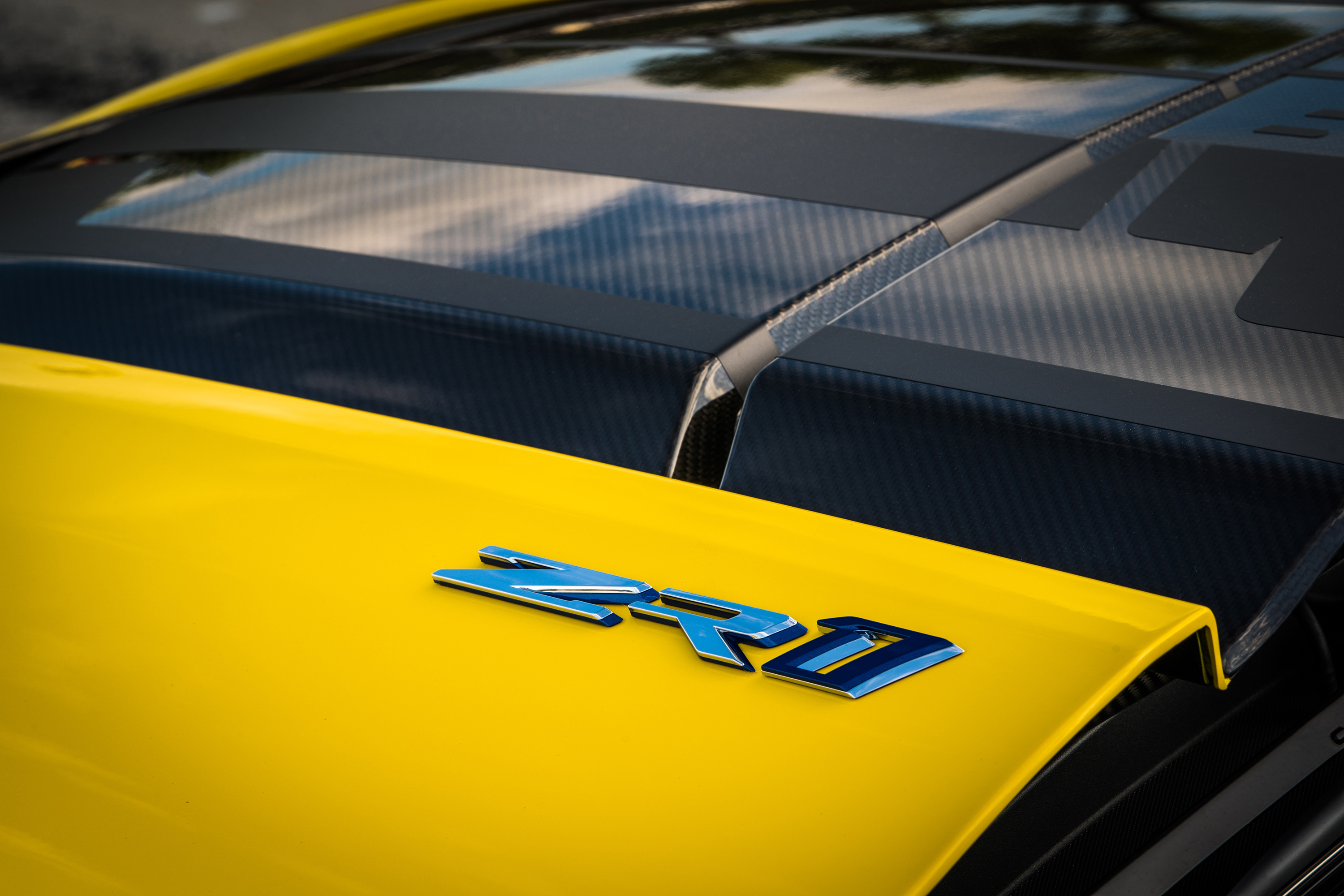 2019 chevy corvette zr1 hood badge