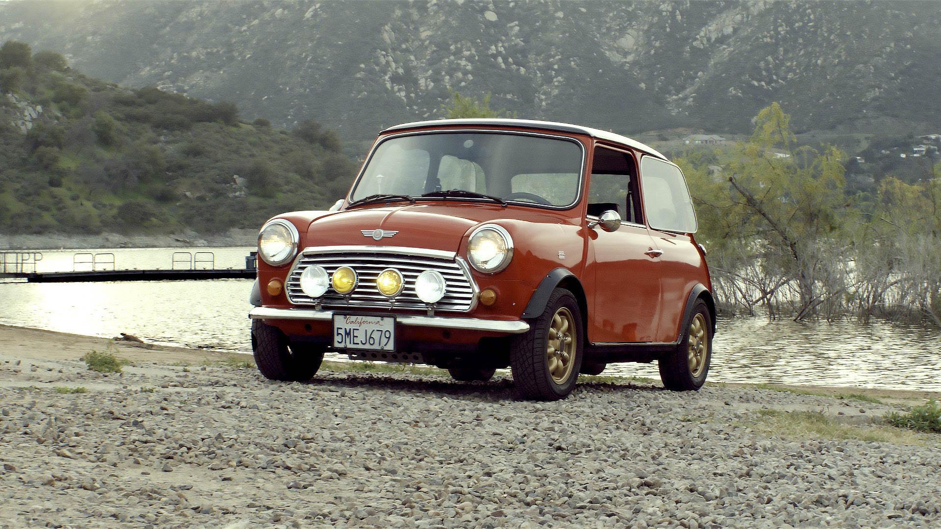 1973 Mini Cooper front 3/4