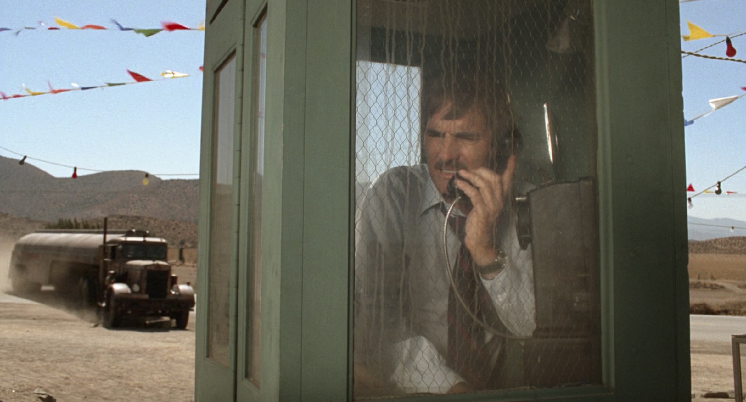 phone booth scene from Duel