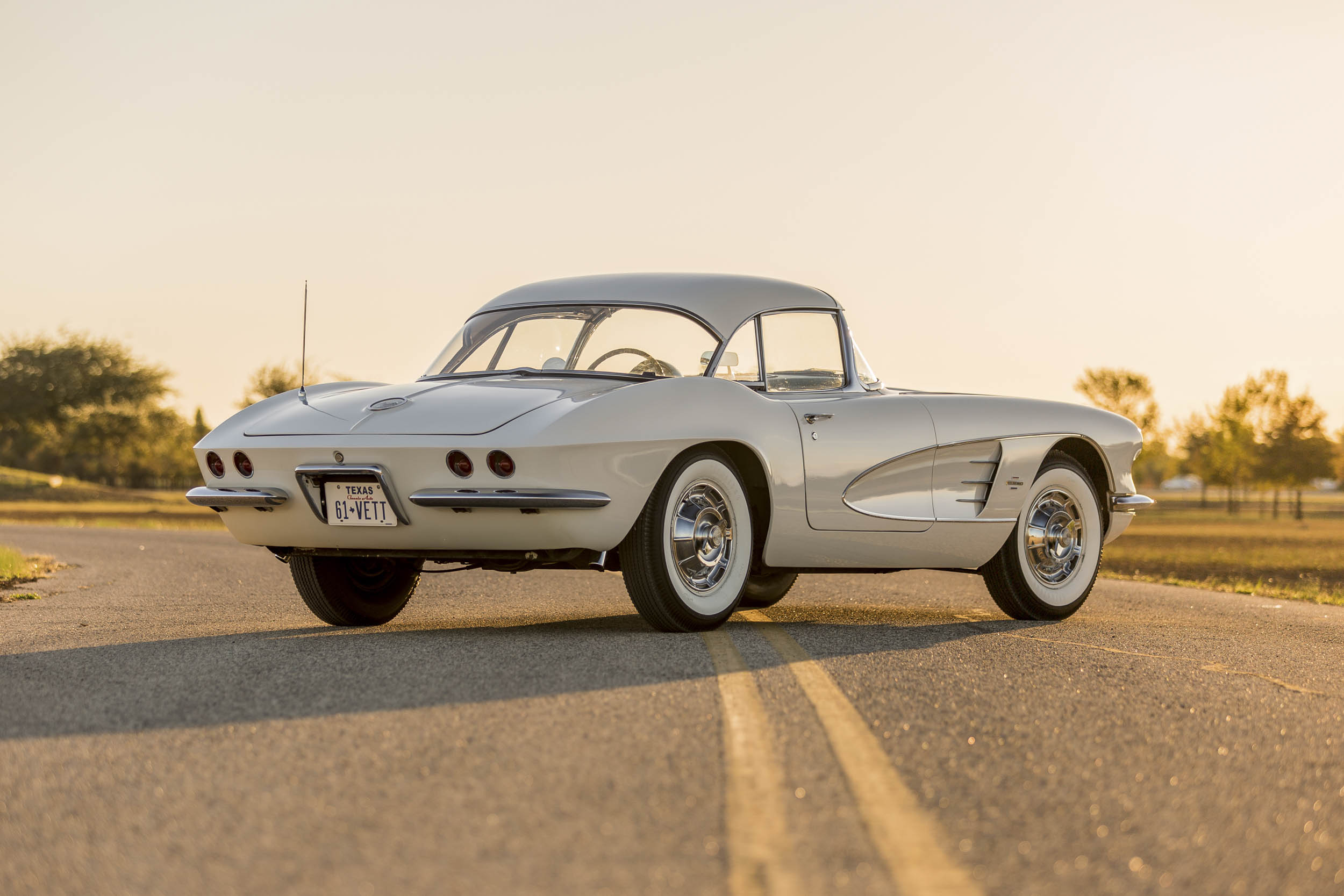 1961 Chevrolet Corvette rear 3/4