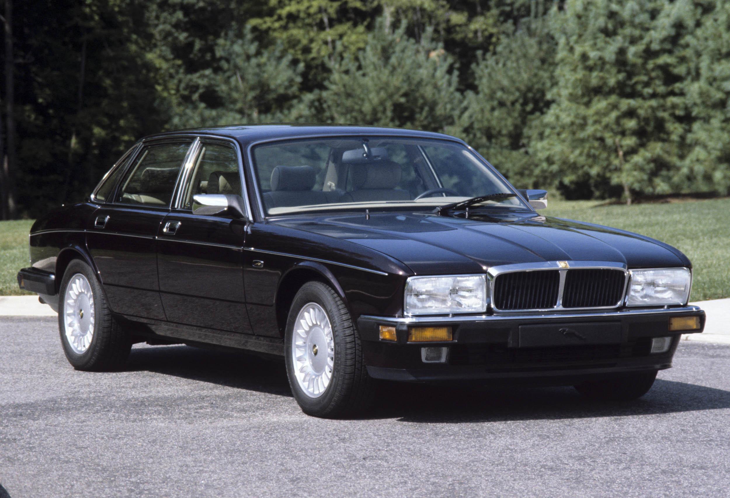 1994 XJ12